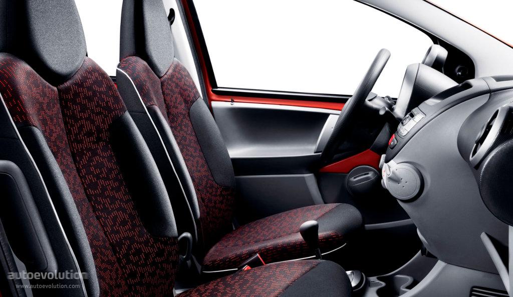 Peugeot 107 3 Doors 2008 2009 2010 2011 2012 2013