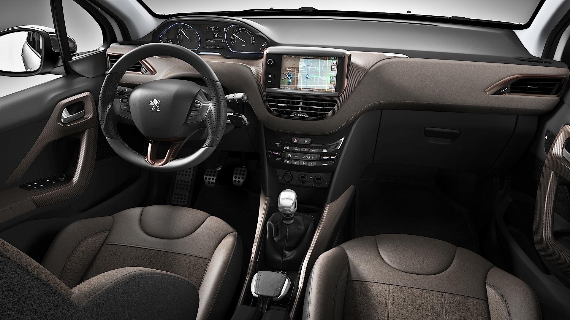 Peugeot revela interior do 2008 nacional geral for Peugeot 2008 interieur