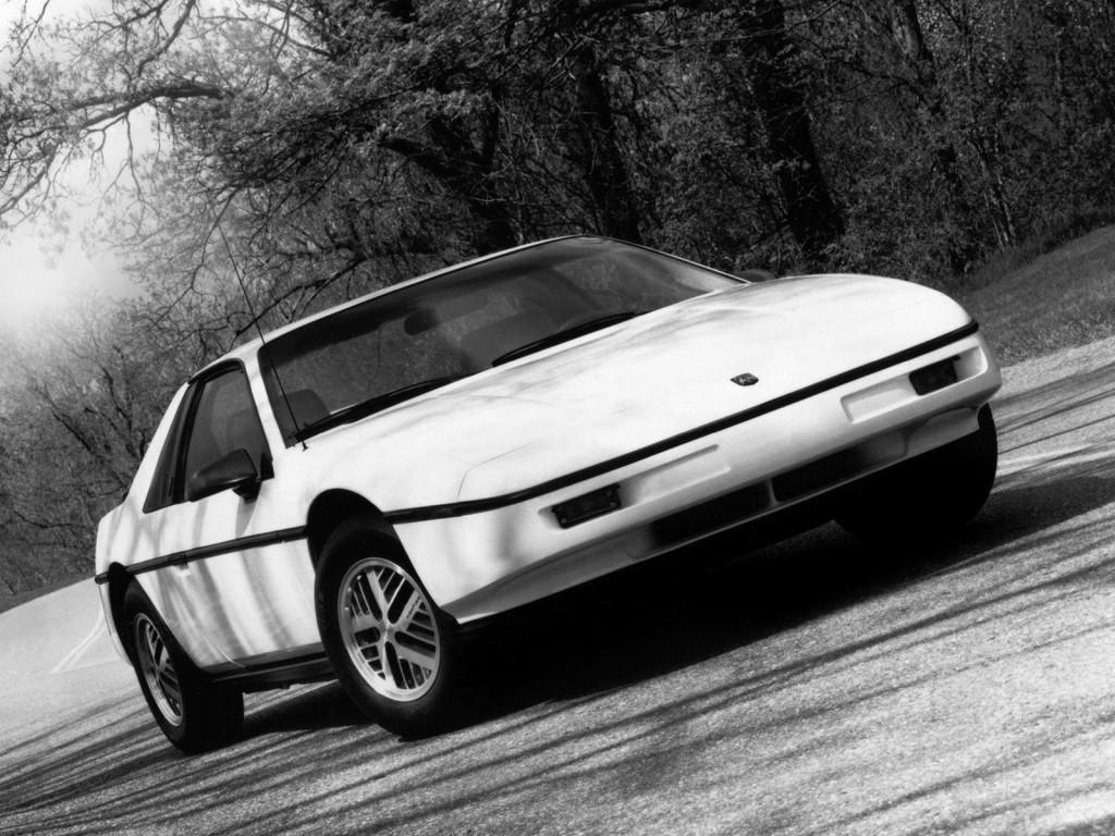 Pontiac Fiero Specs Photos 1985 1986 1987 1988 Autoevolution Drawings