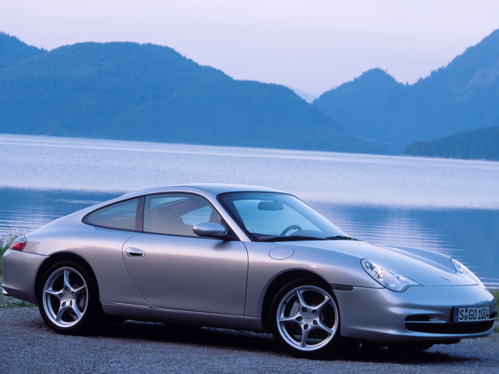 Porsche 911 Carrera 4 996 Specs Amp Photos 2001 2002