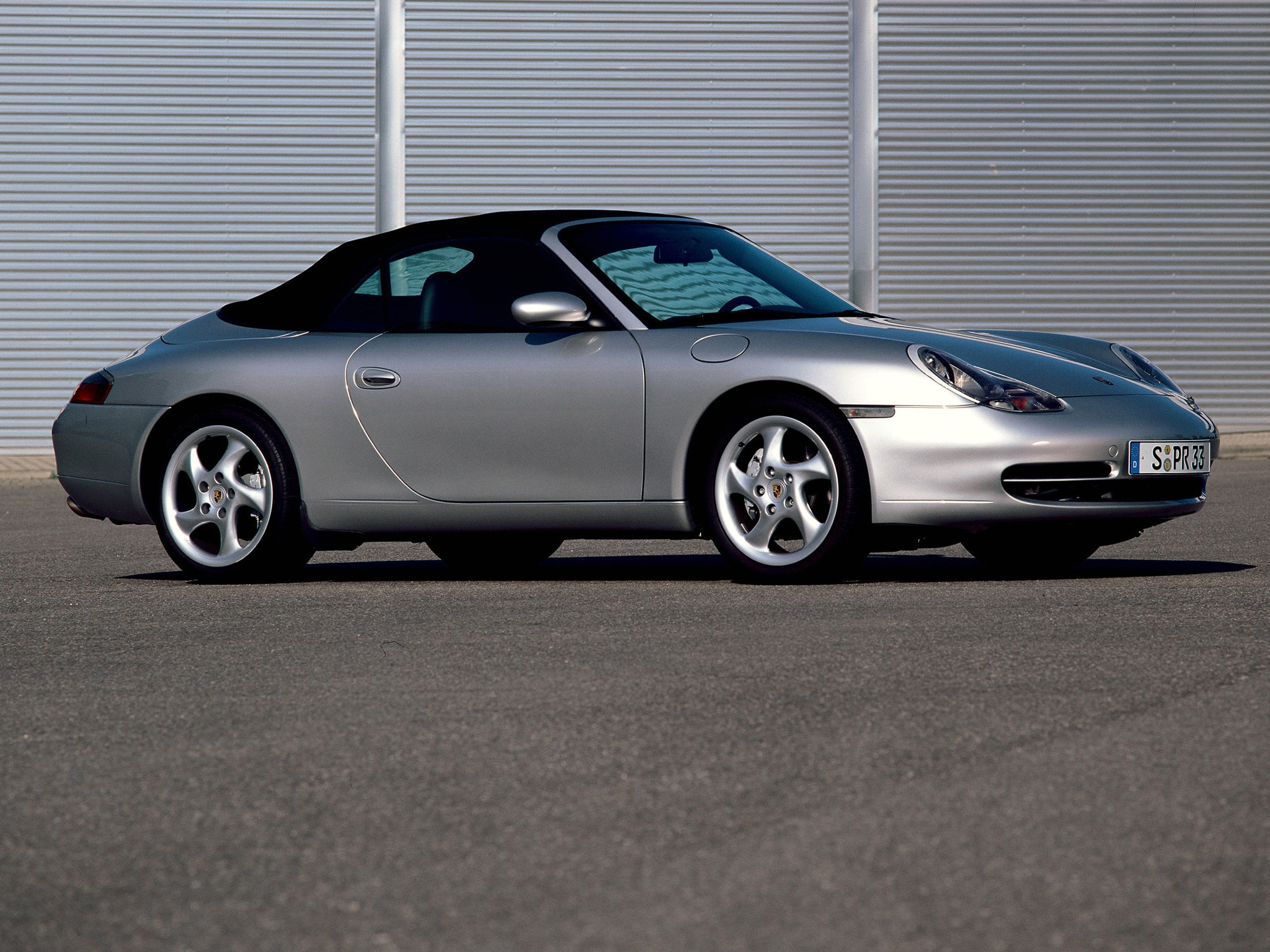 porsche 911 carrera 4 cabriolet 996 specs 1998 1999 2000 2001 autoevolution. Black Bedroom Furniture Sets. Home Design Ideas