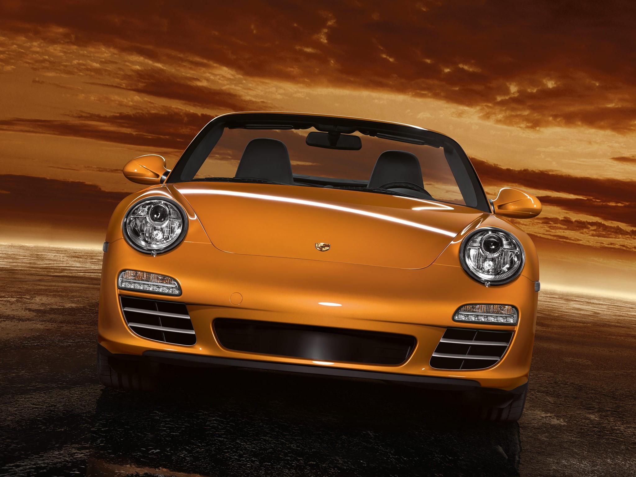 2010 Porsche 911 Carrera 4 Cabriolet photo - 2
