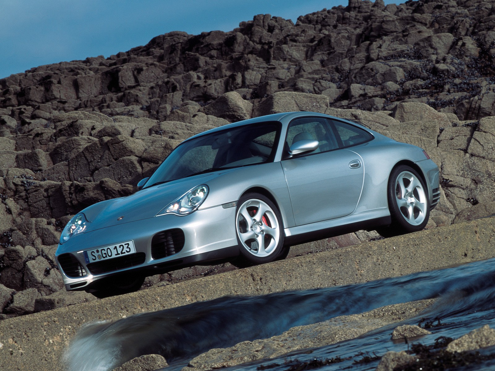 Porsche 911 4s >> PORSCHE 911 Carrera 4S (996) specs - 2001, 2002, 2003, 2004, 2005 - autoevolution