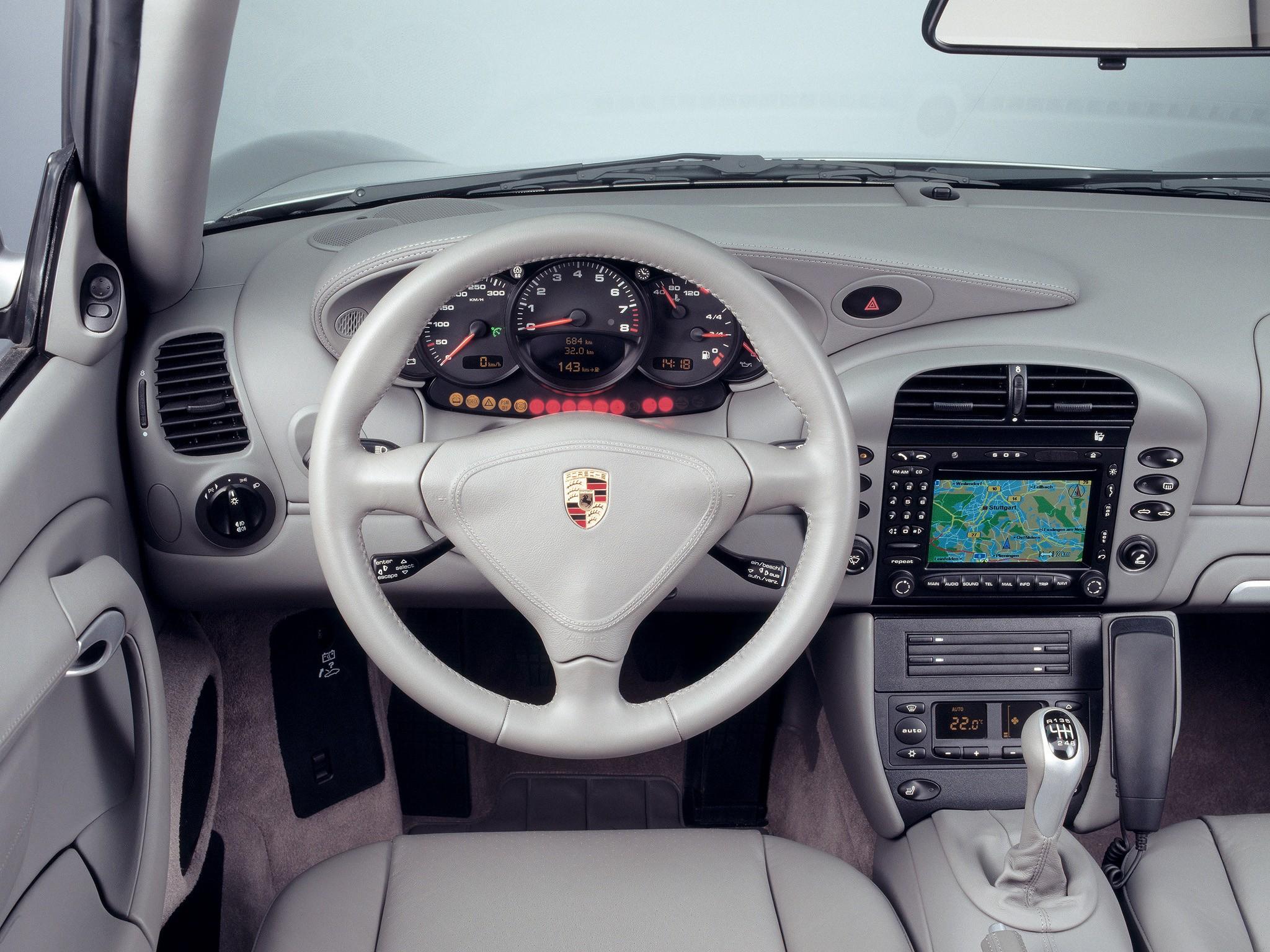 Image gallery 2003 porsche 911 interior for Porsche 996 interieur
