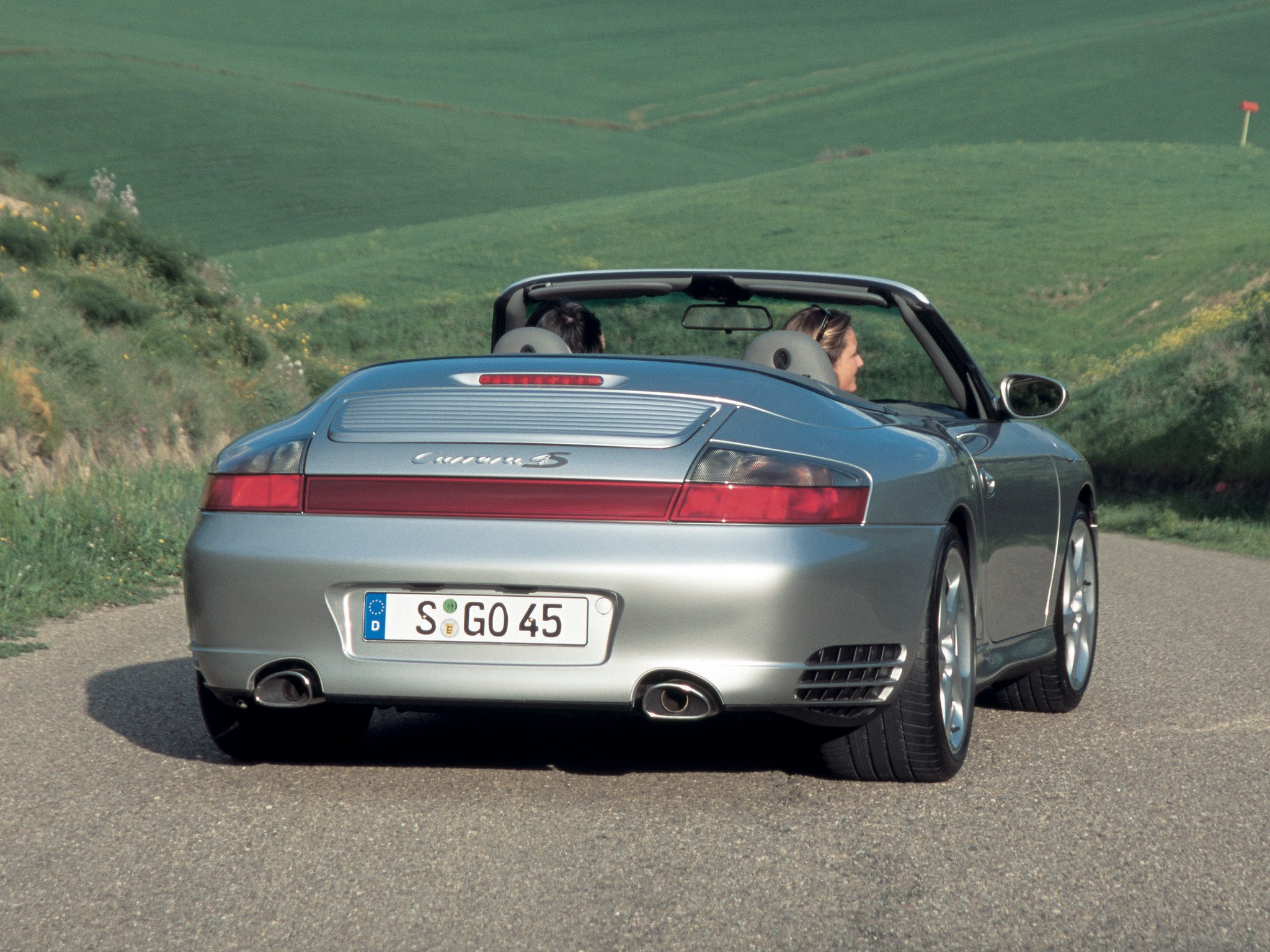 porsche 911 carrera 4s cabriolet 996 2003 2004 2005 autoevolution. Black Bedroom Furniture Sets. Home Design Ideas