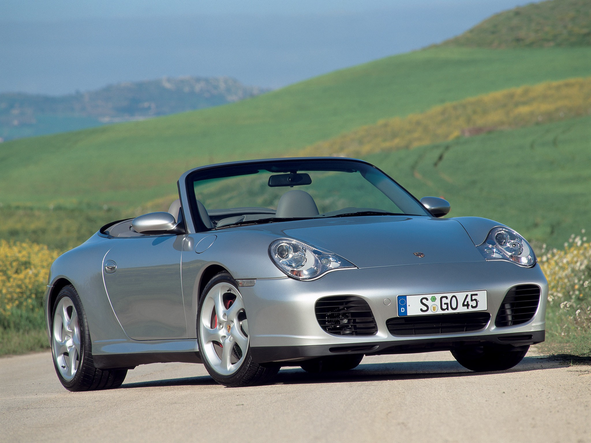 porsche 911 carrera 4s cabriolet 996 specs 2003 2004 2005 autoevolution. Black Bedroom Furniture Sets. Home Design Ideas