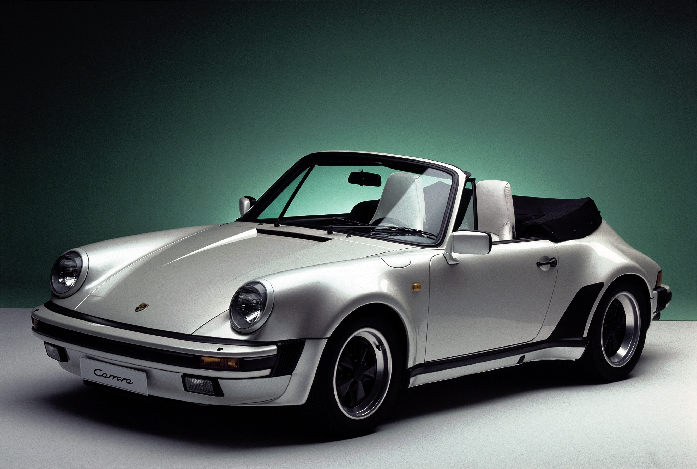 porsche 911 carrera cabriolet 930 1983 1984 1985. Black Bedroom Furniture Sets. Home Design Ideas