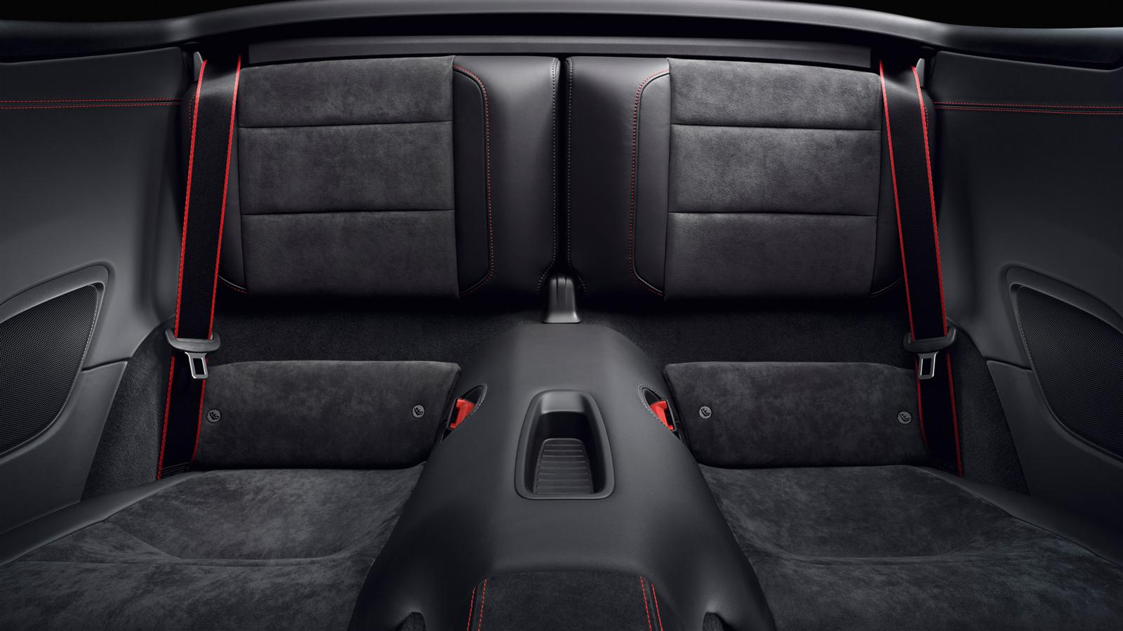 Porsche 911 carrera gts cabriolet specs 2014 2015 2016 for Porsche 911 interieur