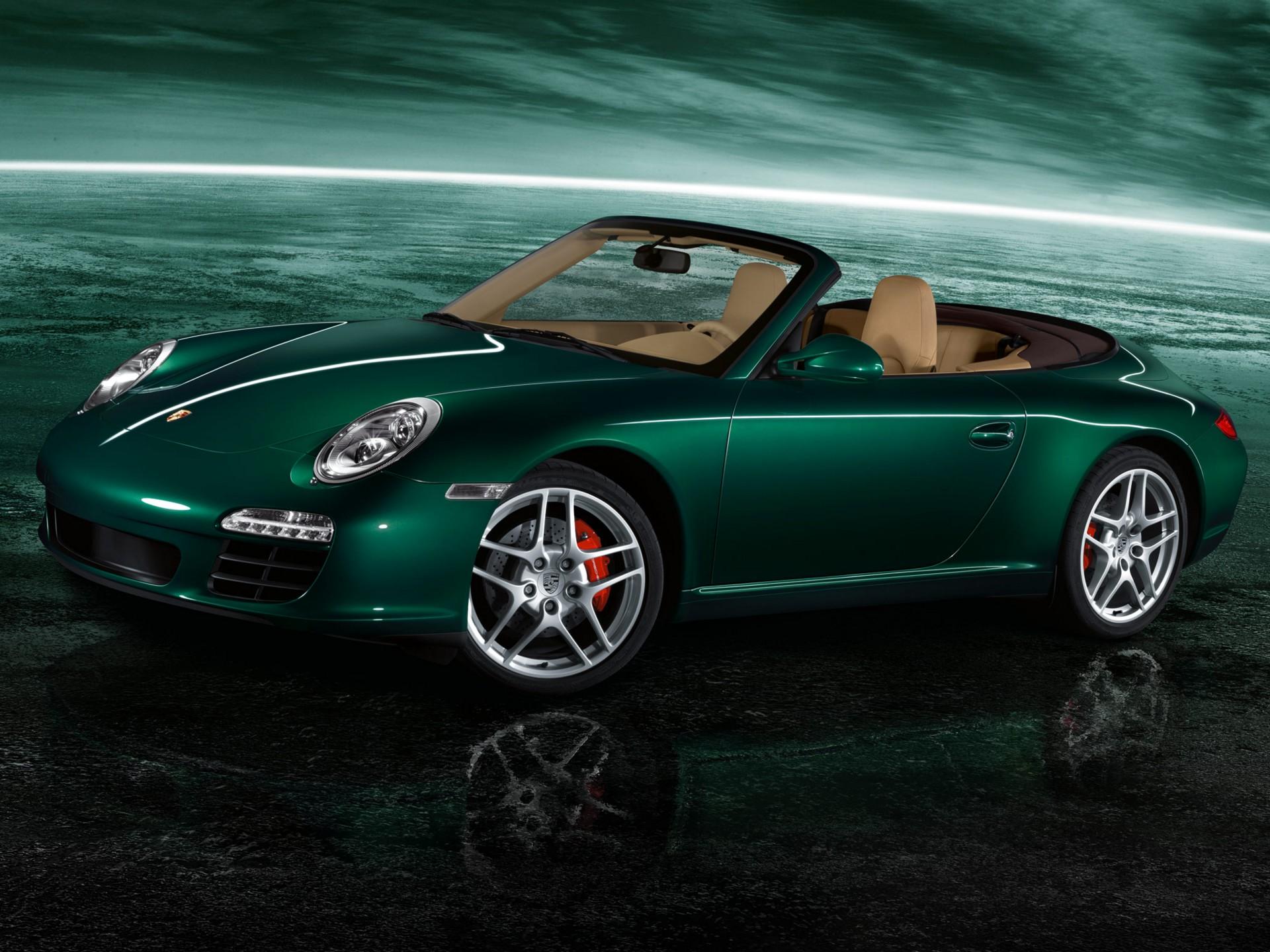 зееный автомобиль Porsche 911 Carrera 4S загрузить