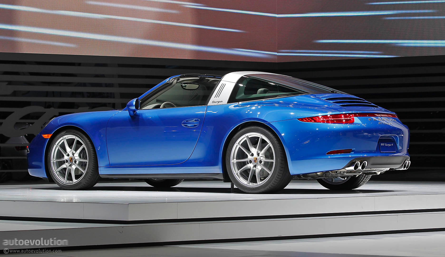 Porsche 911 Carrera Targa 4 991 Specs Amp Photos 2014