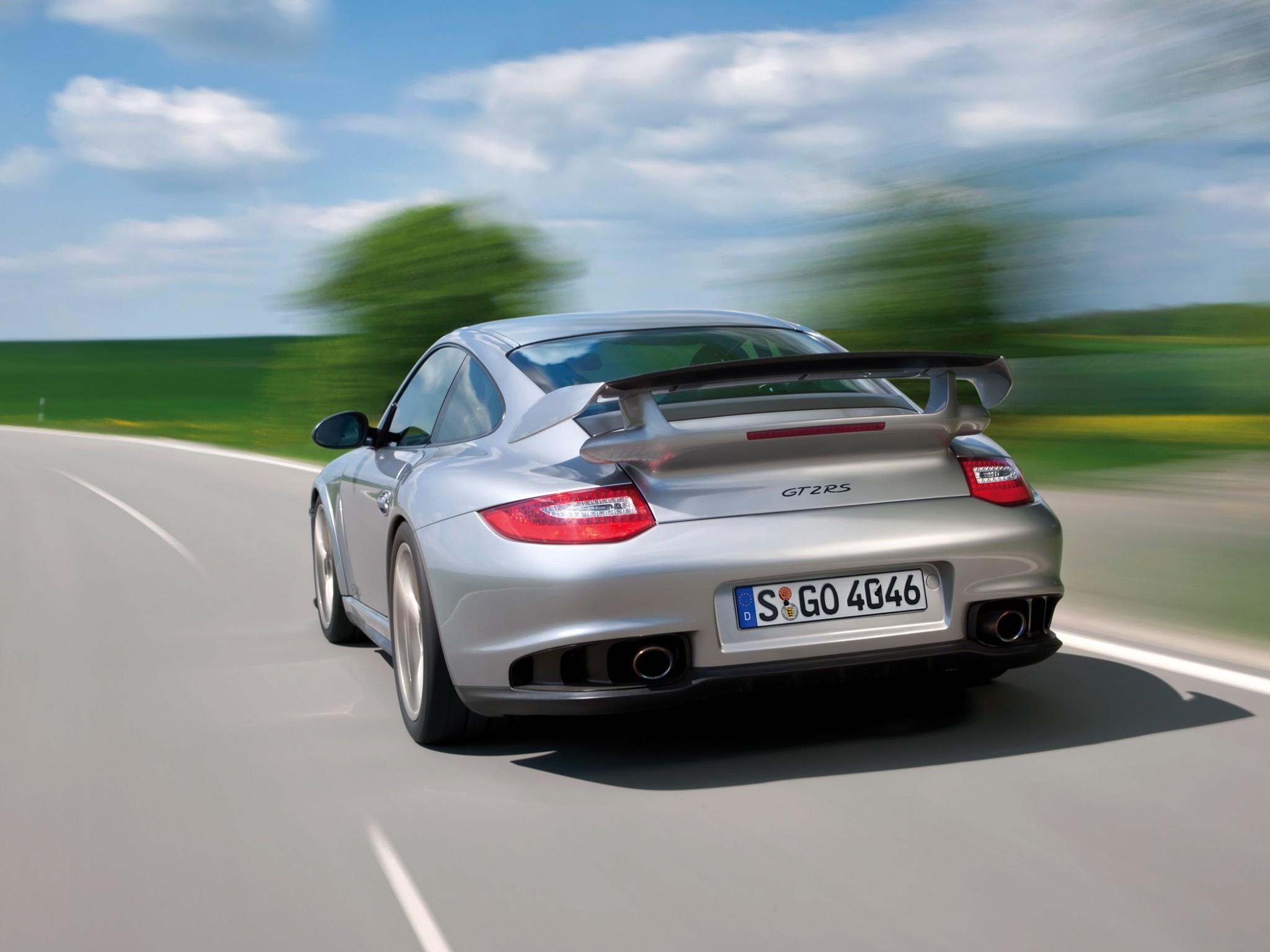 PORSCHE-911-GT2-RS-4327_18 Astounding Porsche 911 Gt2 Rs 2012 Cars Trend