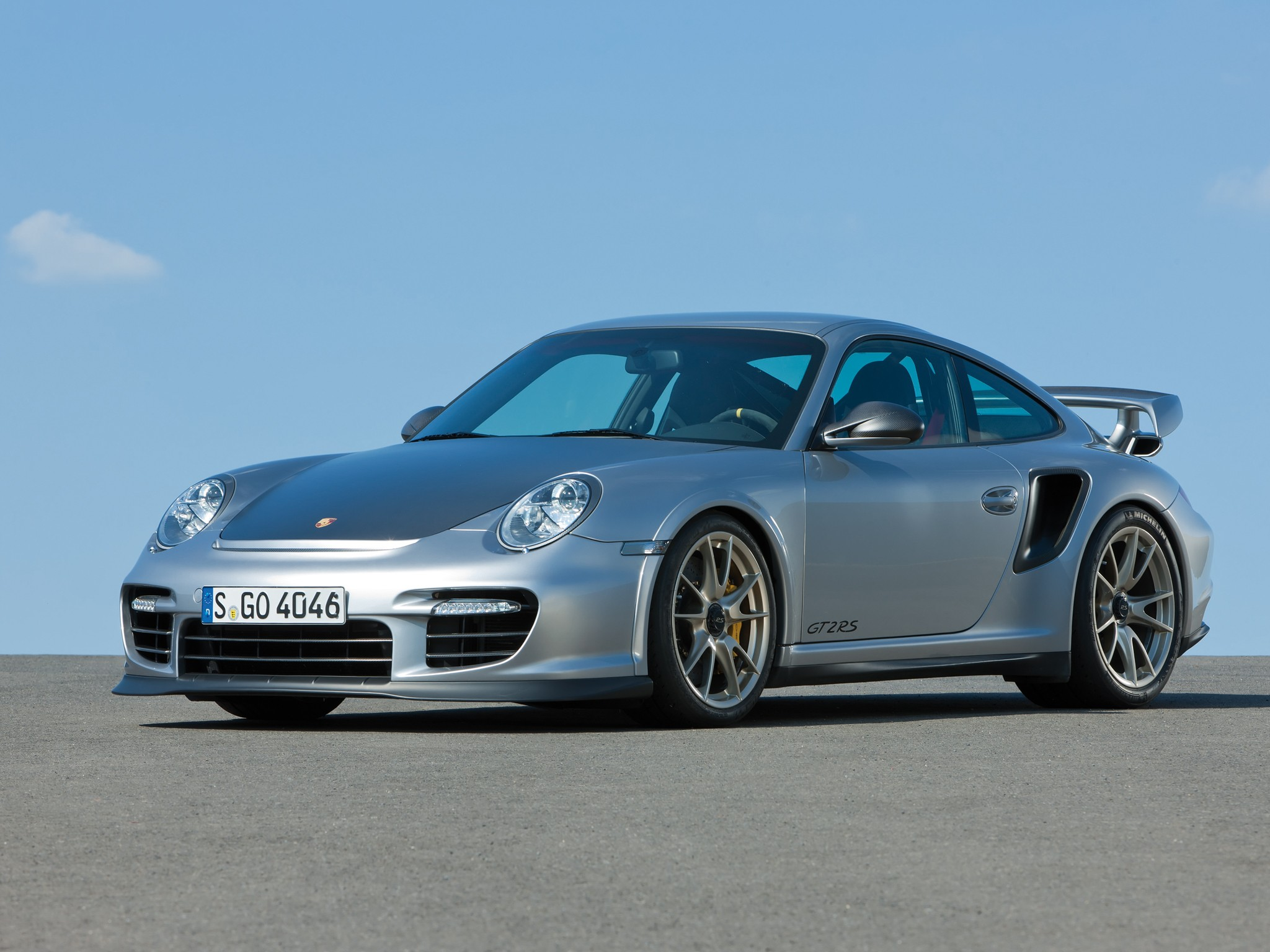 PORSCHE-911-GT2-RS-4327_25 Cozy Porsche 911 Gt2 Rs Wallpaper Cars Trend