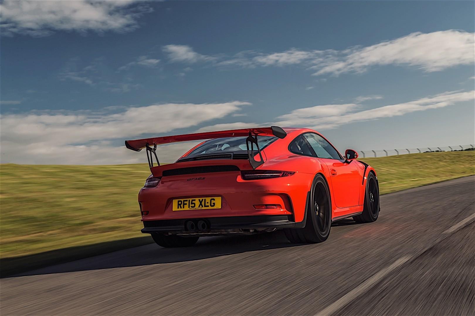 PORSCHE 911 GT3 RS specs & photos - 2016, 2017, 2018 ...