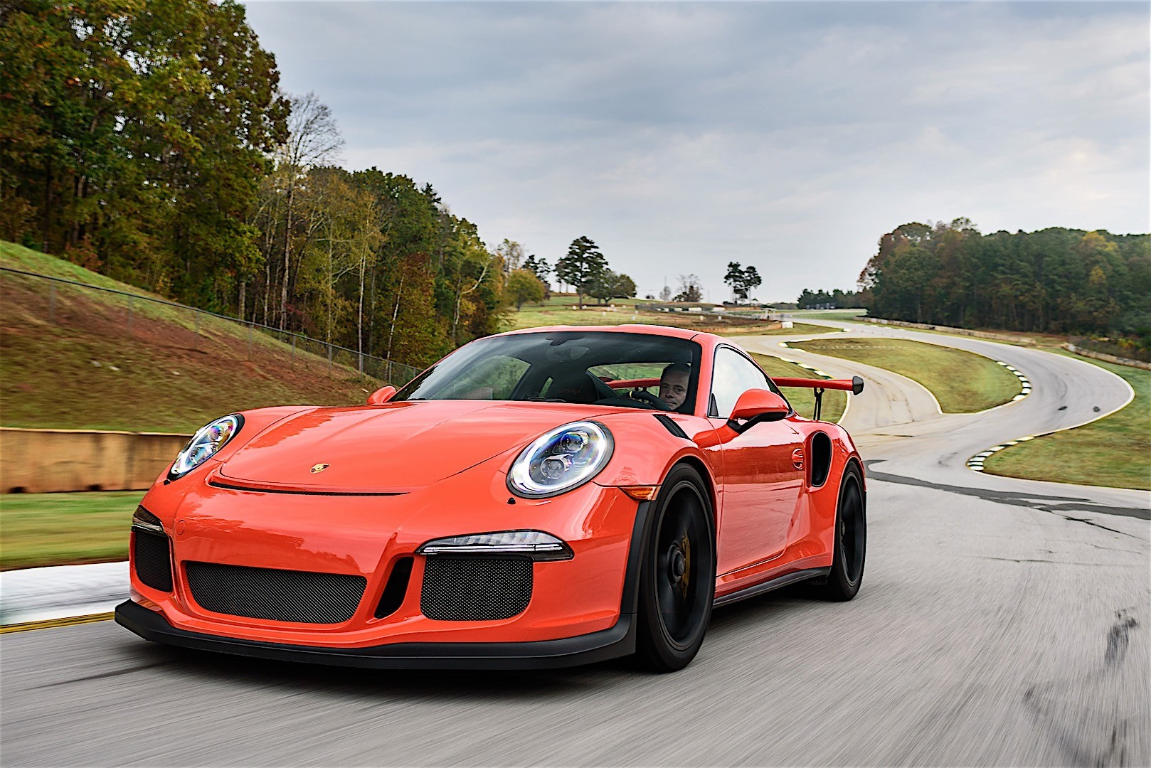 porsche 911 gt3 rs specs 2016 2017 2018 autoevolution. Black Bedroom Furniture Sets. Home Design Ideas