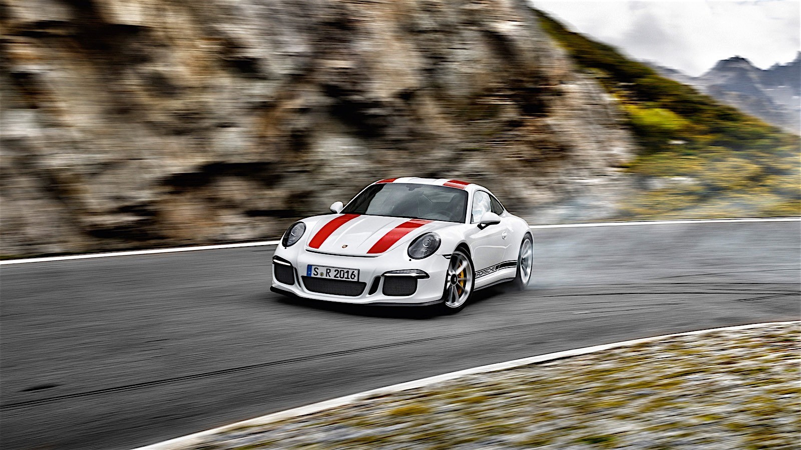 Porsche 911 R Specs 2016 2017 2018 Autoevolution