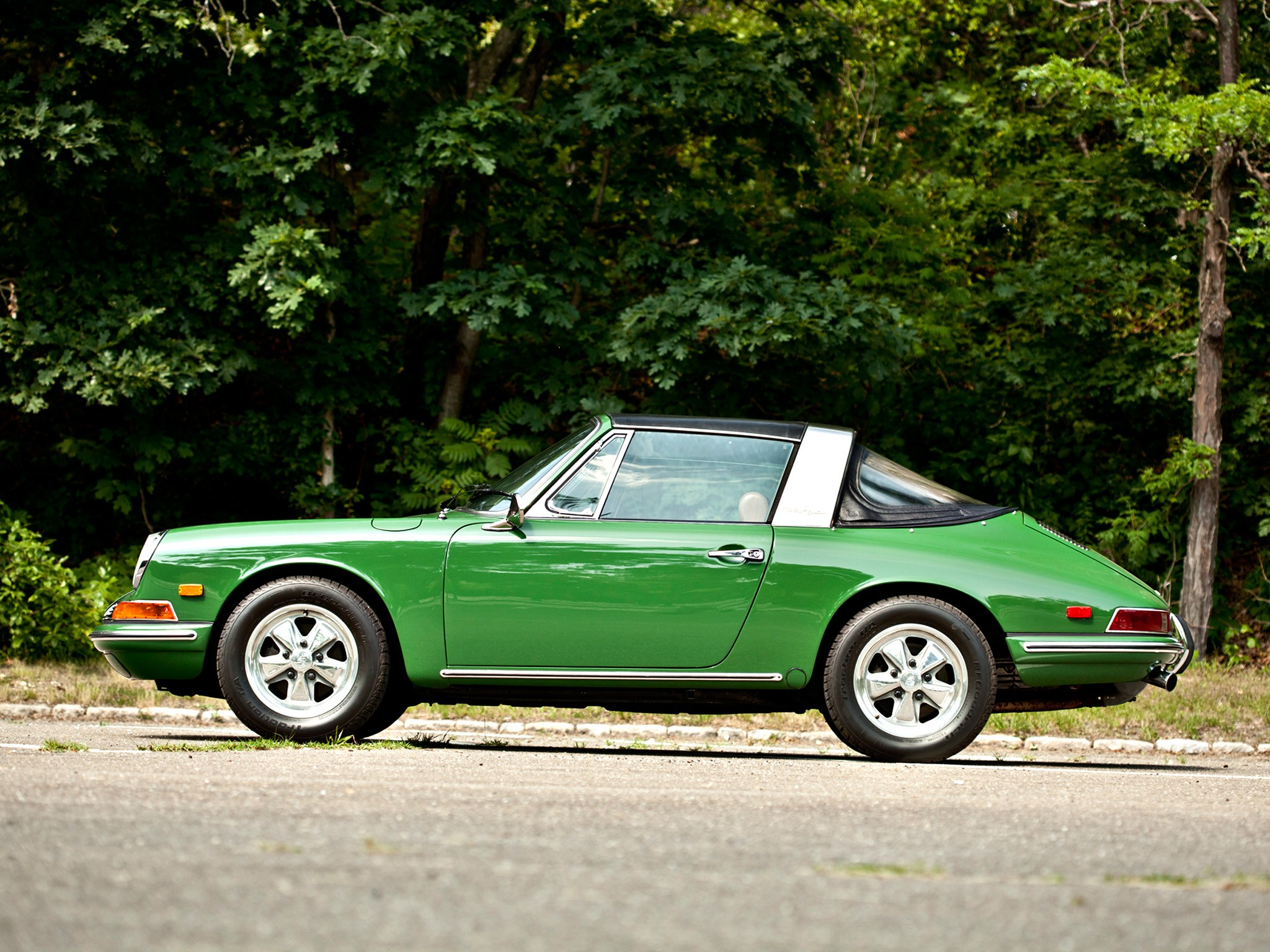 porsche 911 targa 901 specs photos 1967 1968 1969. Black Bedroom Furniture Sets. Home Design Ideas