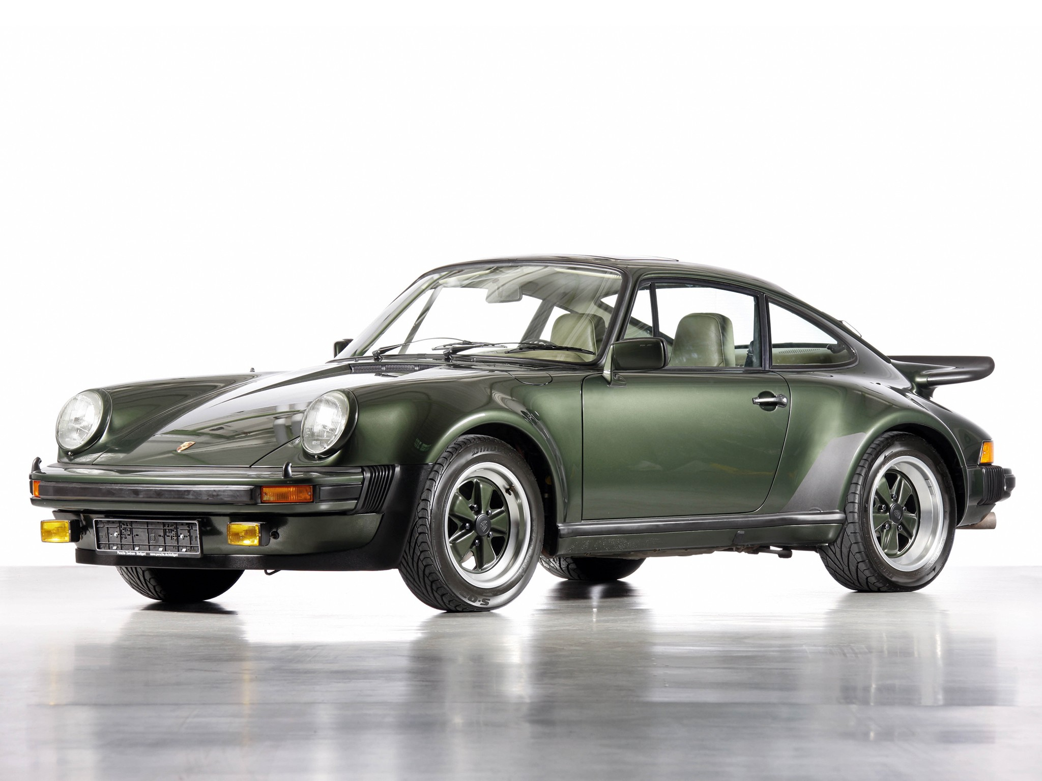 porsche 911 turbo 930 specs photos 1974 1975 1976. Black Bedroom Furniture Sets. Home Design Ideas