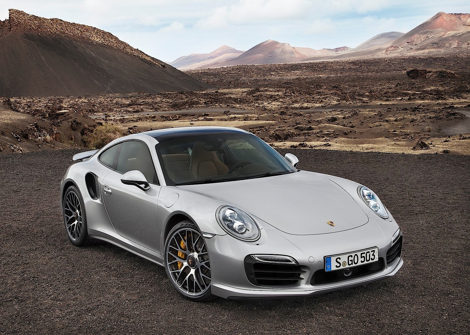 porsche 911 turbo s 991 specs photos 2013 2014 2015 2016 autoevolution. Black Bedroom Furniture Sets. Home Design Ideas