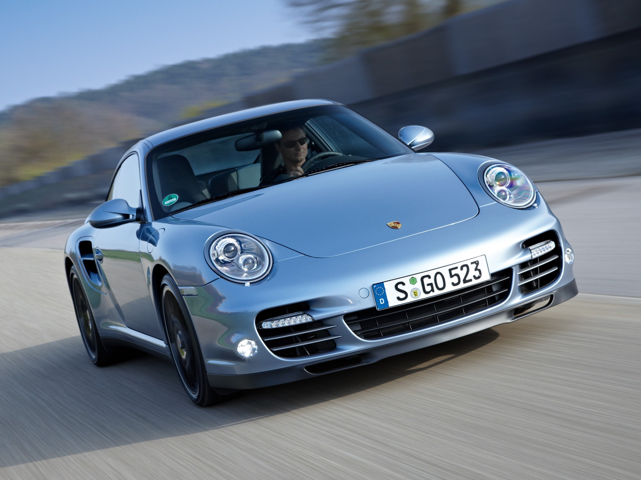 PORSCHE 911 Turbo S (997) specs & photos - 2010, 2011 ...