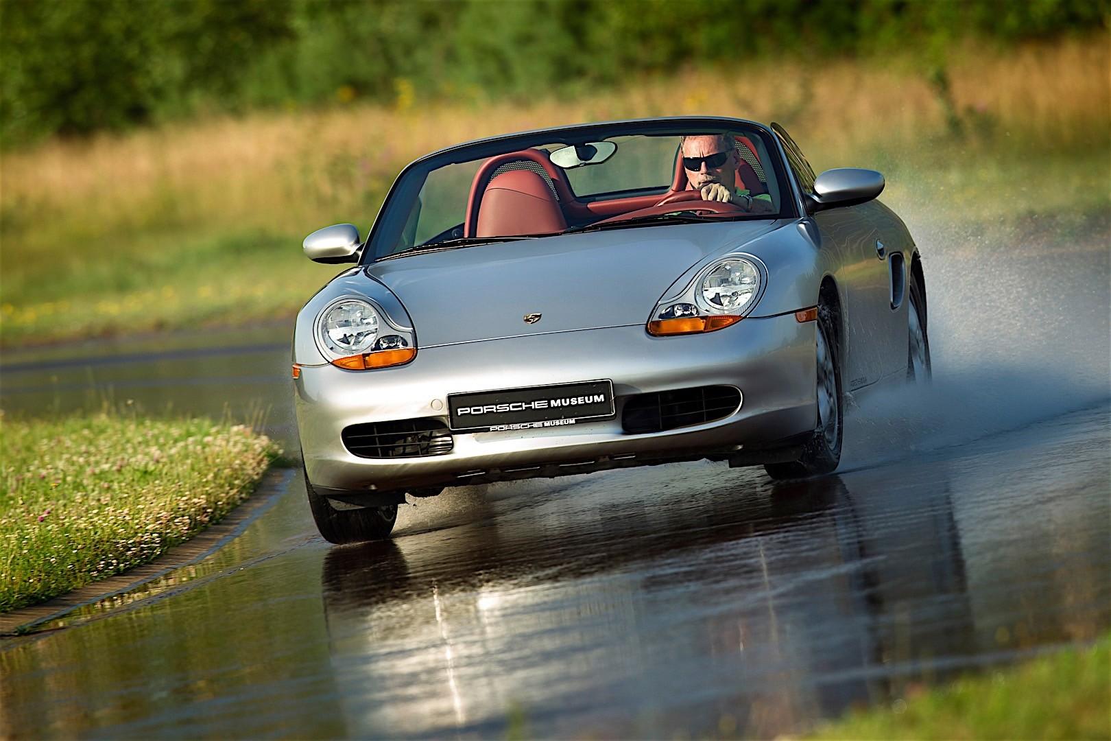 Porsche Boxster 986 Specs Amp Photos 1996 1997 1998