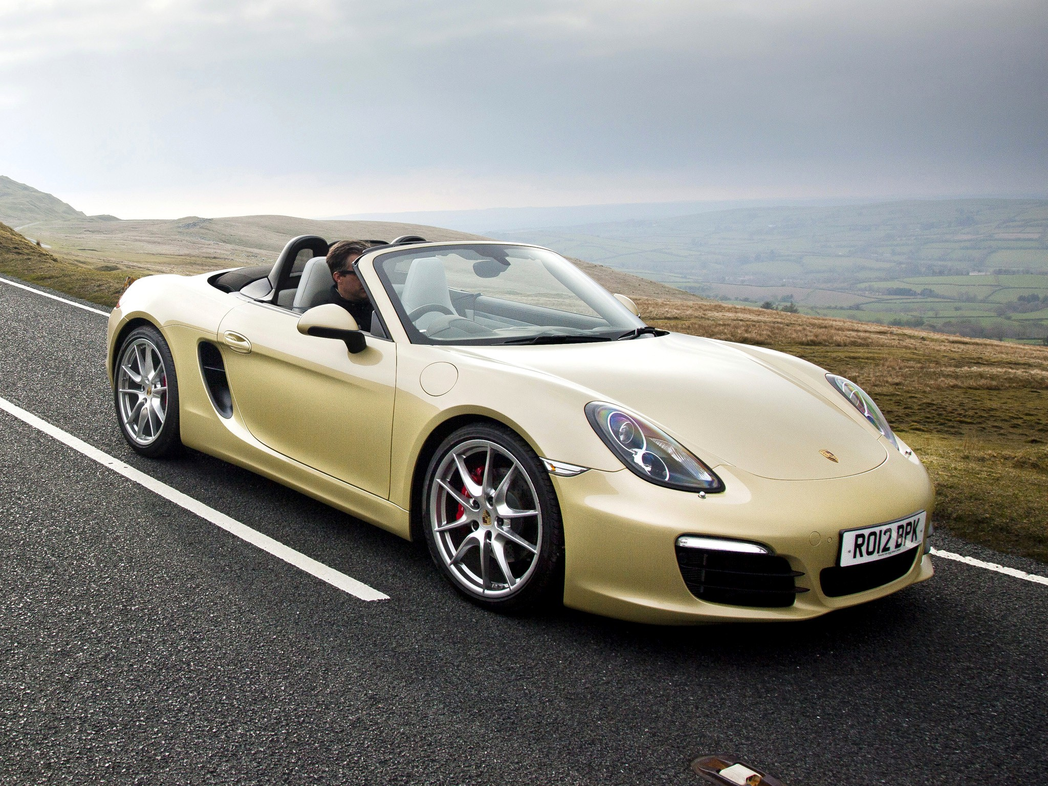 porsche boxster s 981 2012 2013 2014 2015 2016 autoevolution. Black Bedroom Furniture Sets. Home Design Ideas