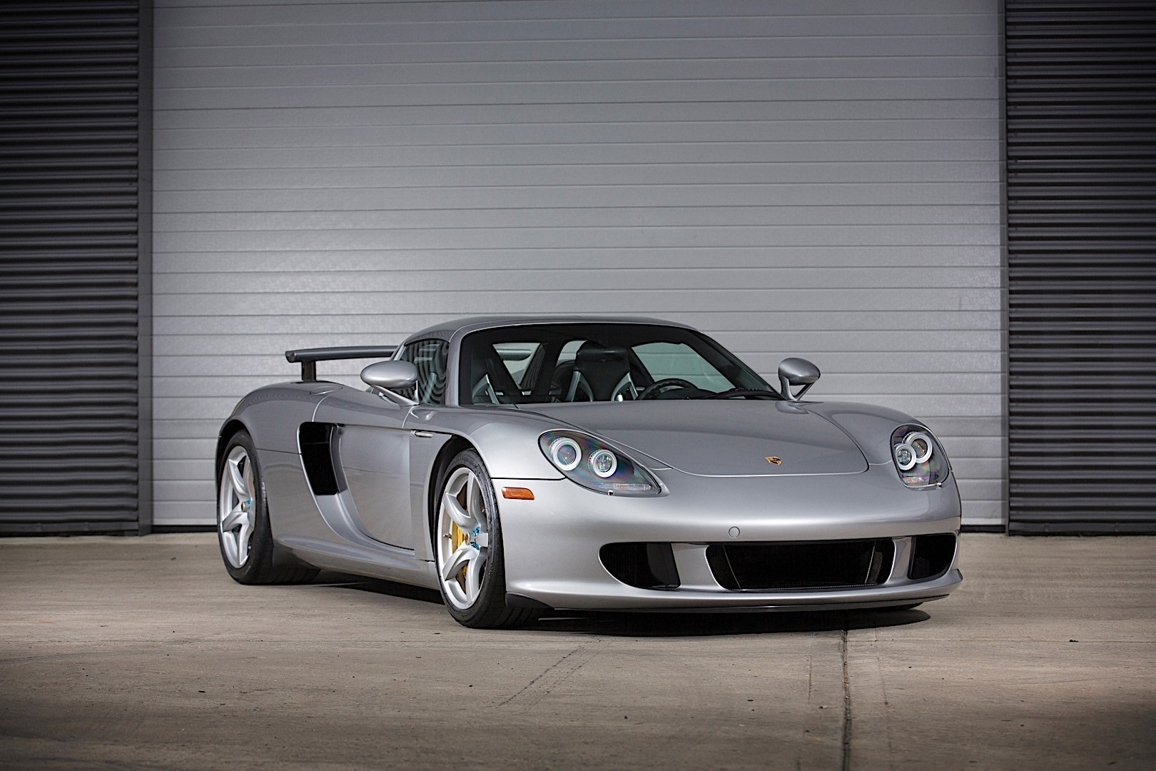 Build A BMW >> PORSCHE Carrera GT (980) specs & photos - 2003, 2004, 2005 ...