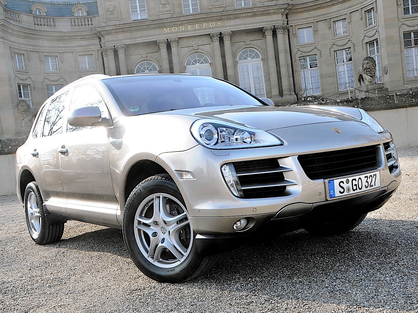 porsche cayenne diesel 957 specs 2008 2009 2010 autoevolution. Black Bedroom Furniture Sets. Home Design Ideas