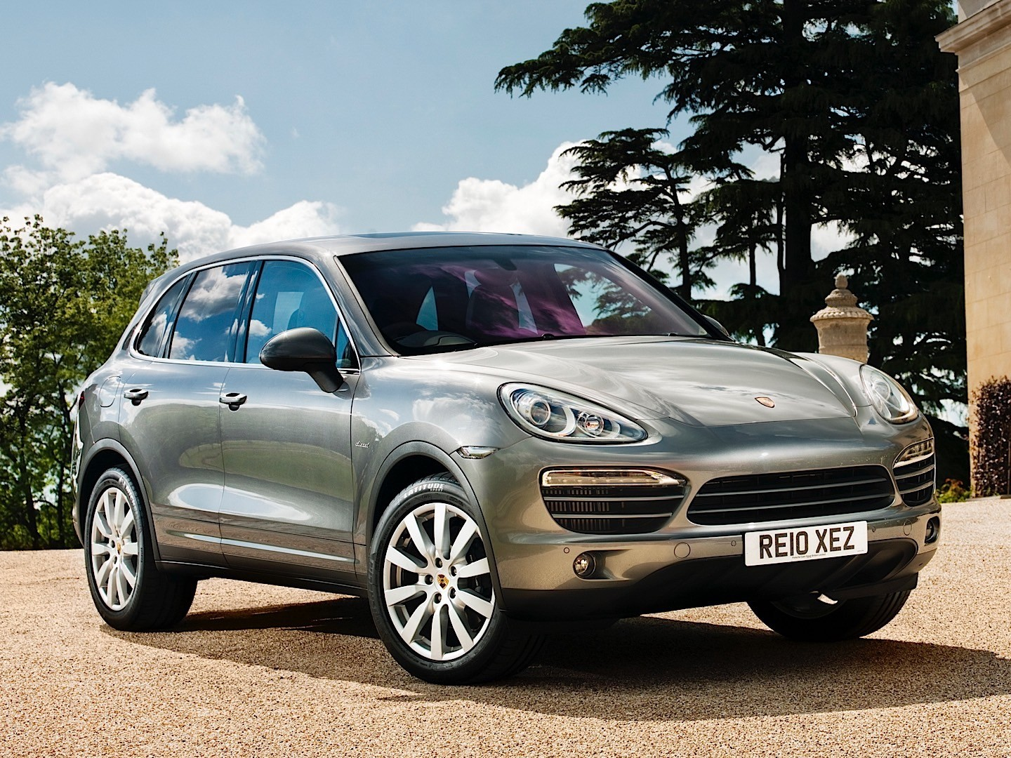 porsche cayenne diesel 2010 2011 2012 2013 2014 autoevolution. Black Bedroom Furniture Sets. Home Design Ideas