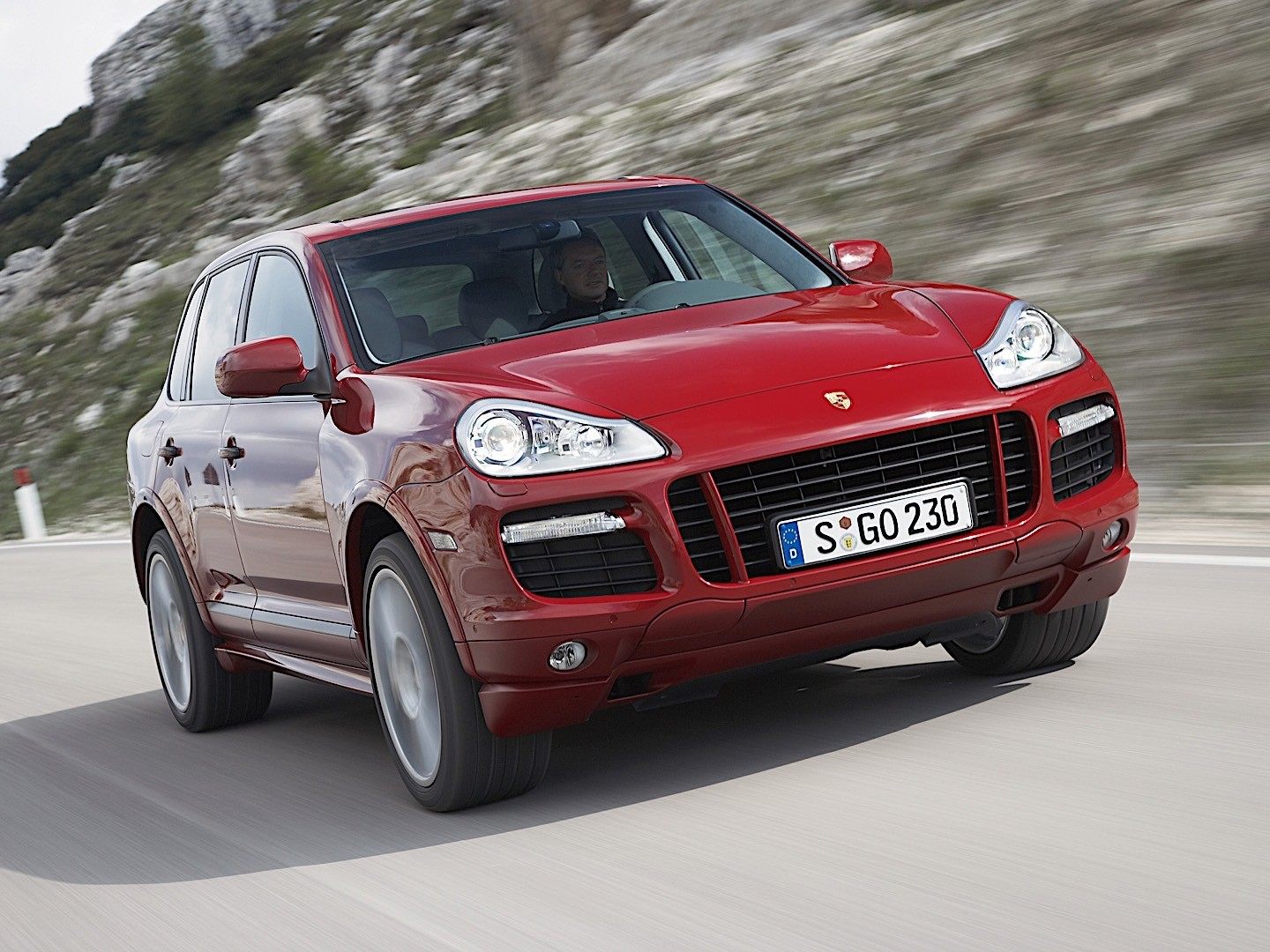 porsche cayenne gts 957 specs 2008 2009 2010 autoevolution. Black Bedroom Furniture Sets. Home Design Ideas
