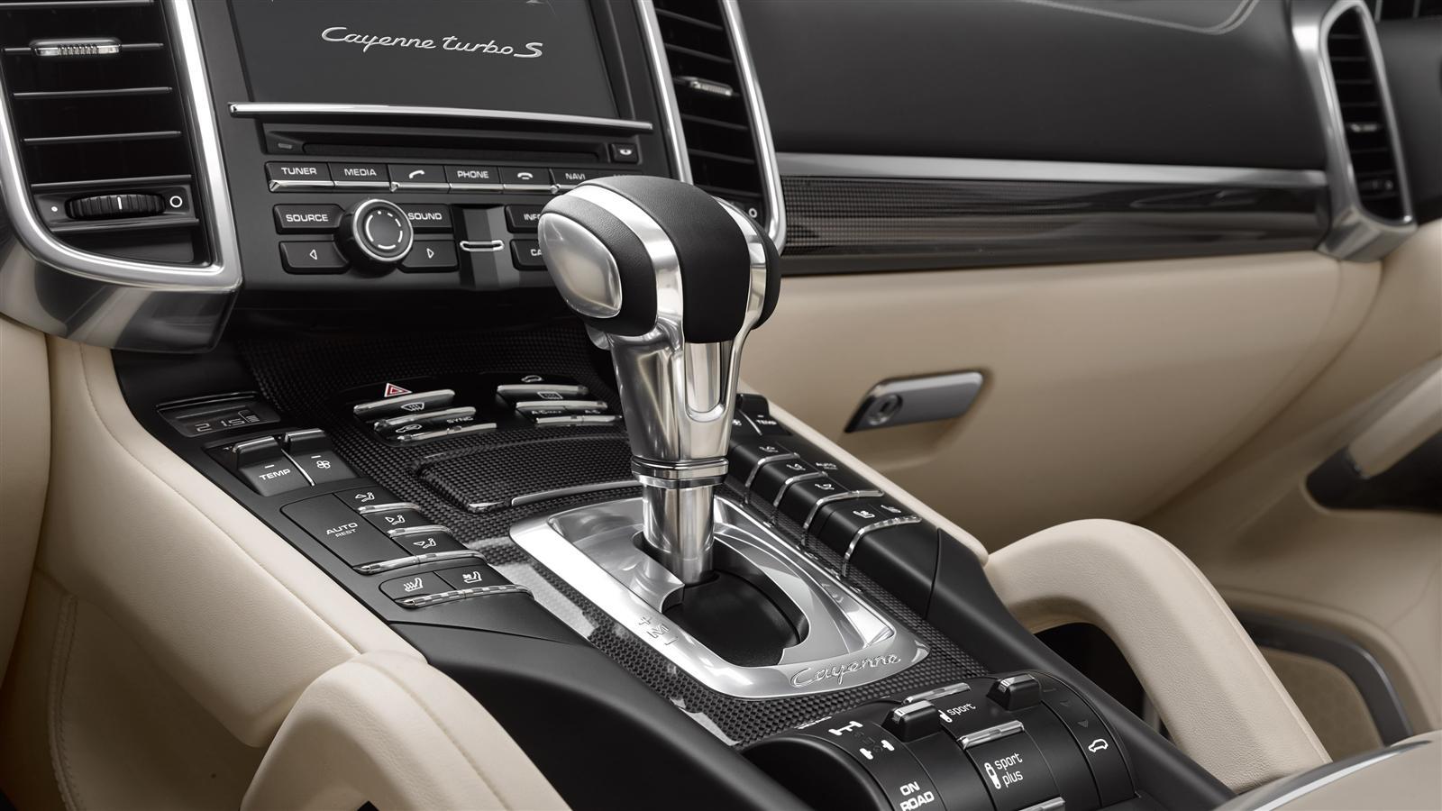 porsche cayenne turbo s 2015 2017