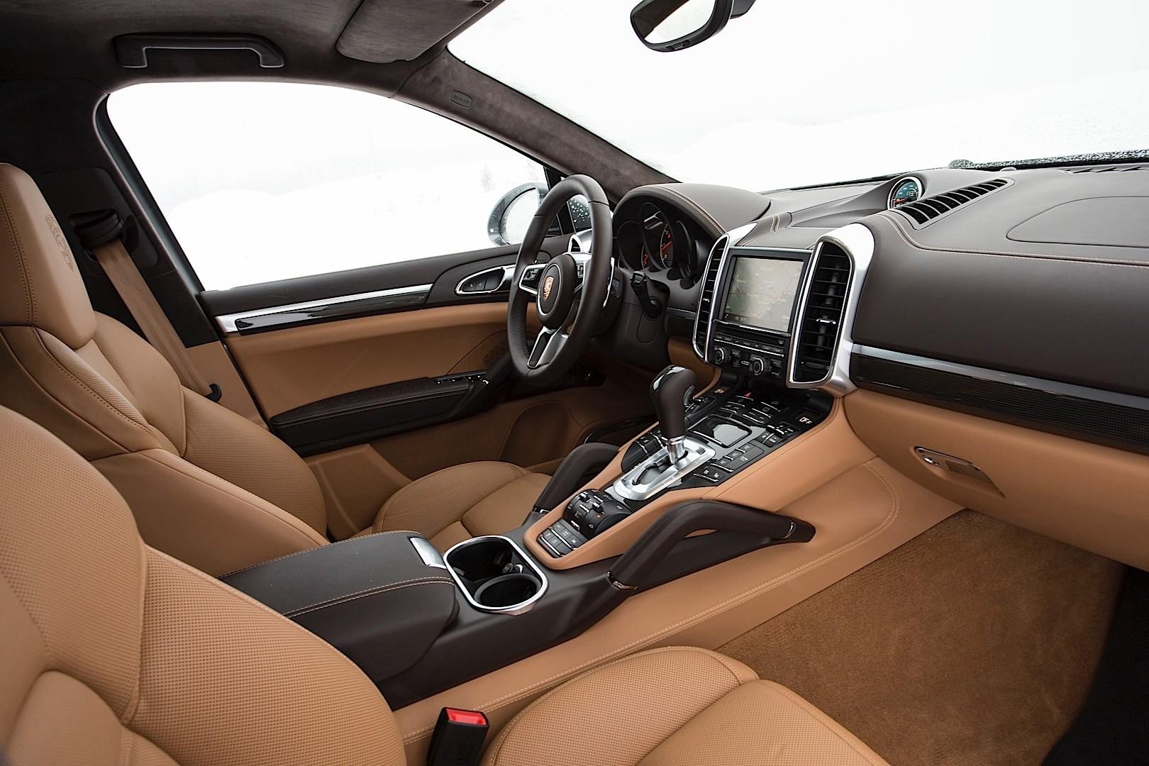 Porsche Cayenne Turbo S 2017