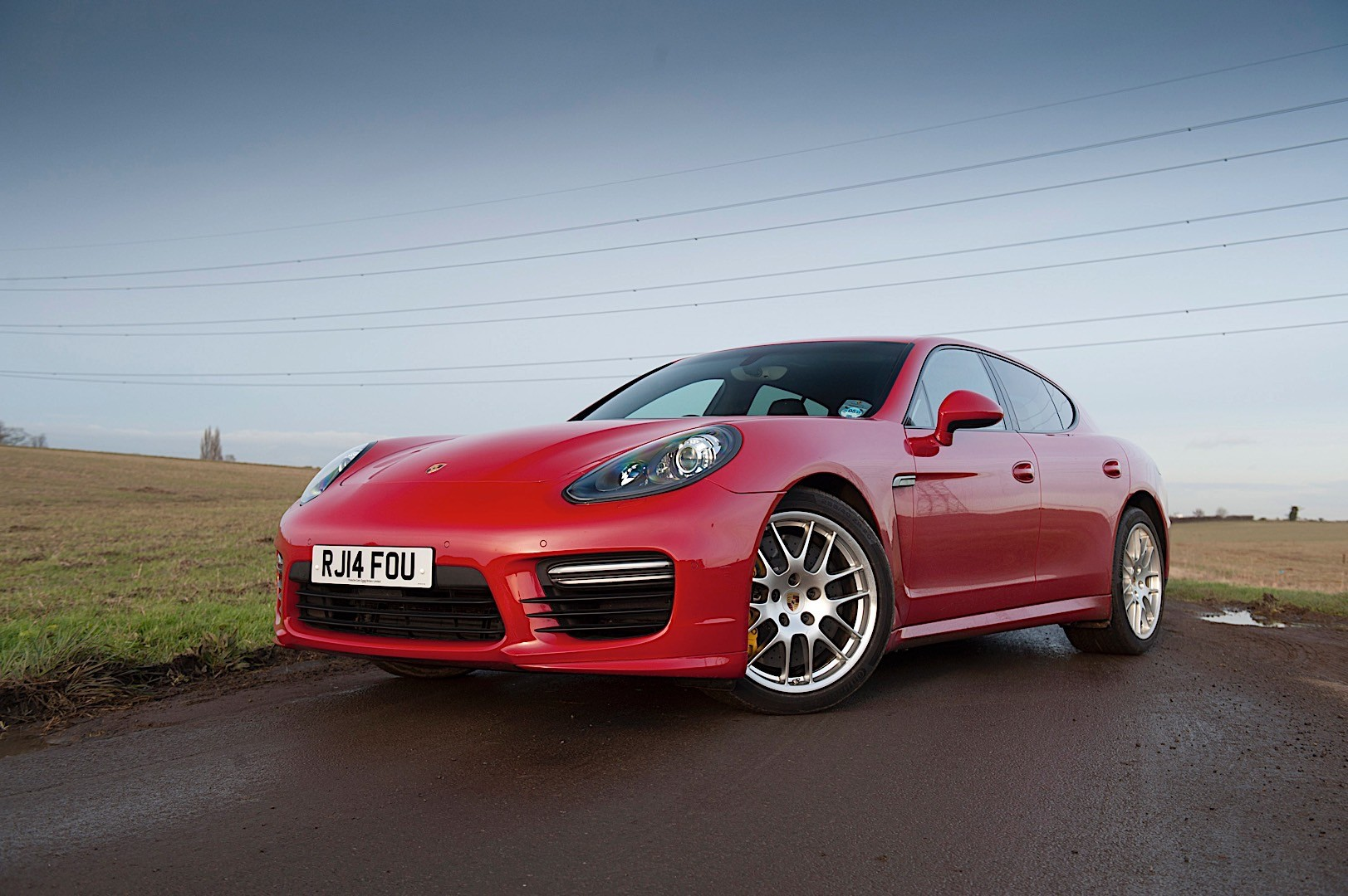 porsche panamera gts 970 specs photos 2013 2014 2015 2016 autoevolution. Black Bedroom Furniture Sets. Home Design Ideas