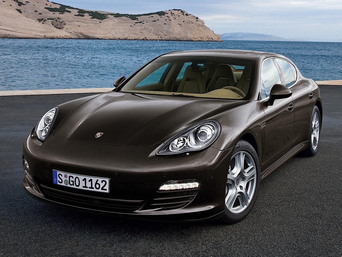 porsche panamera s 970 specs 2009 2010 2011 2012 2013 autoevolution. Black Bedroom Furniture Sets. Home Design Ideas