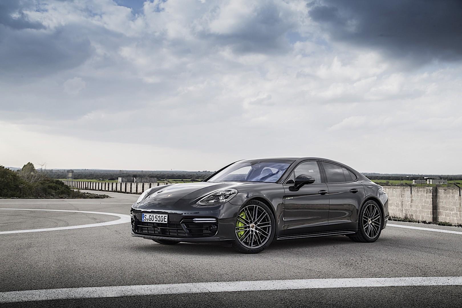 Porsche Panamera Turbo S E-hybrid Specs  U0026 Photos - 2017  2018  2019  2020