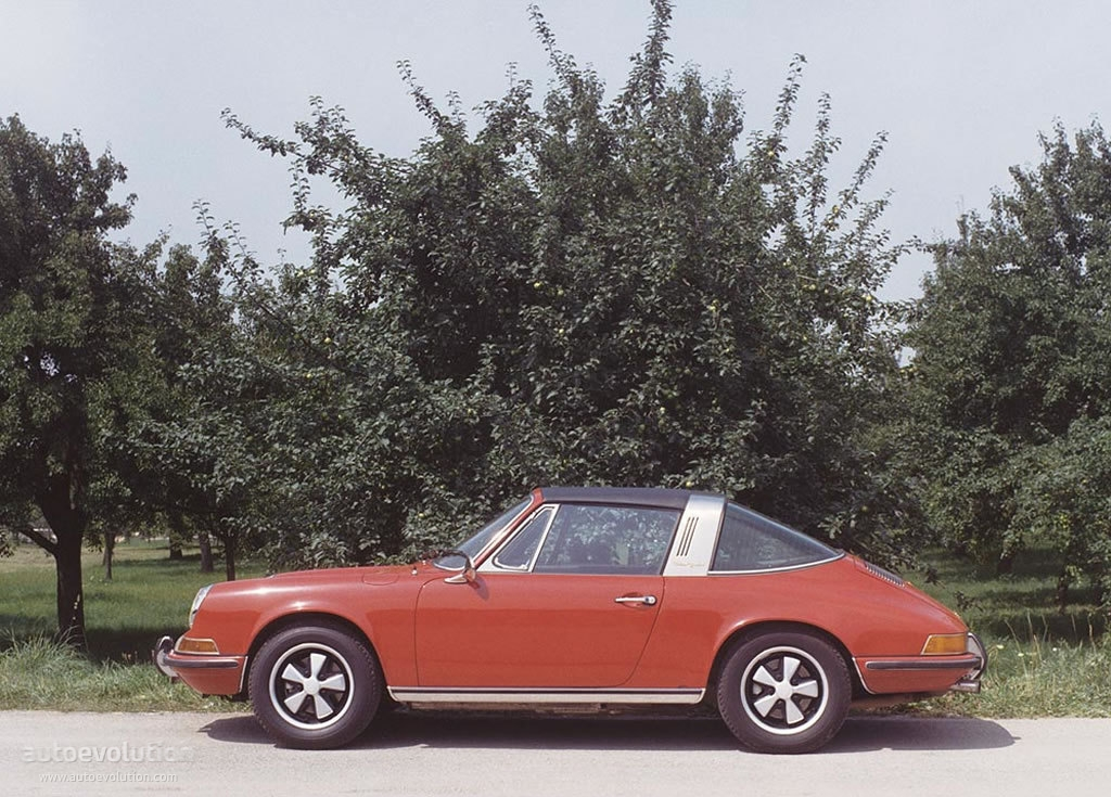 porsche 911 targa 901 specs 1967 1968 1969 1970 1971 1972 1973 autoevolution. Black Bedroom Furniture Sets. Home Design Ideas
