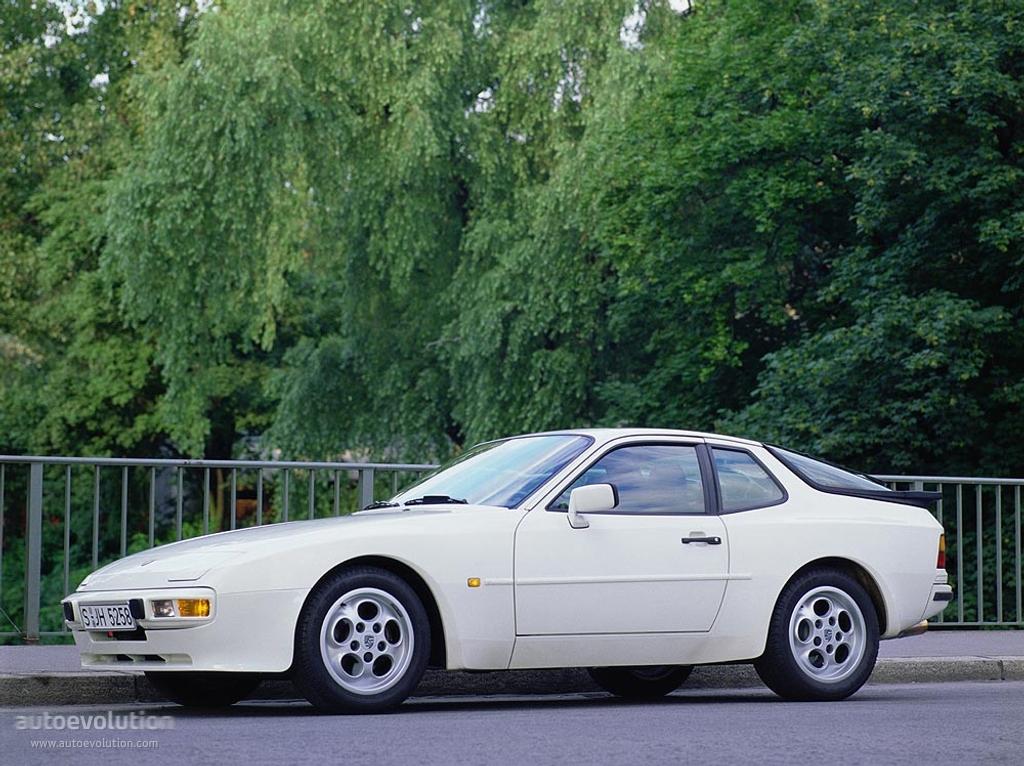 Porsche 944 specifications