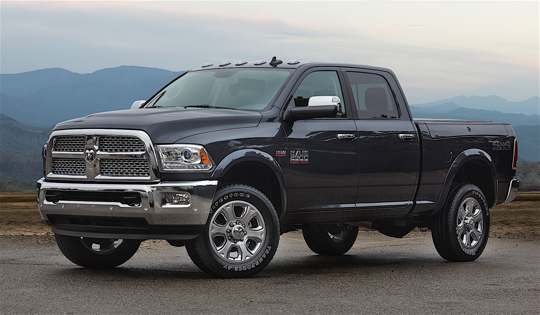 ram trucks 2500 crew cab specs 2016 2017 2018 autoevolution. Black Bedroom Furniture Sets. Home Design Ideas