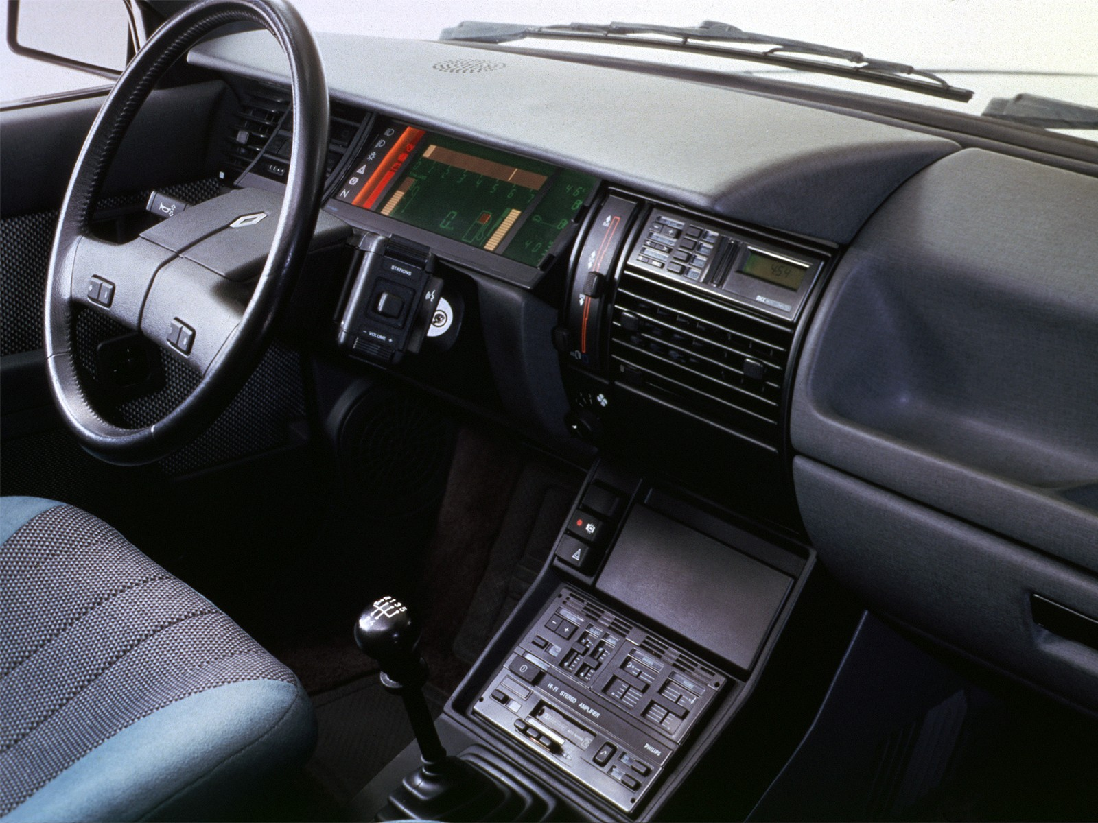 renault 11 5 door specs 1983 1984 1985 1986 autoevolution. Black Bedroom Furniture Sets. Home Design Ideas