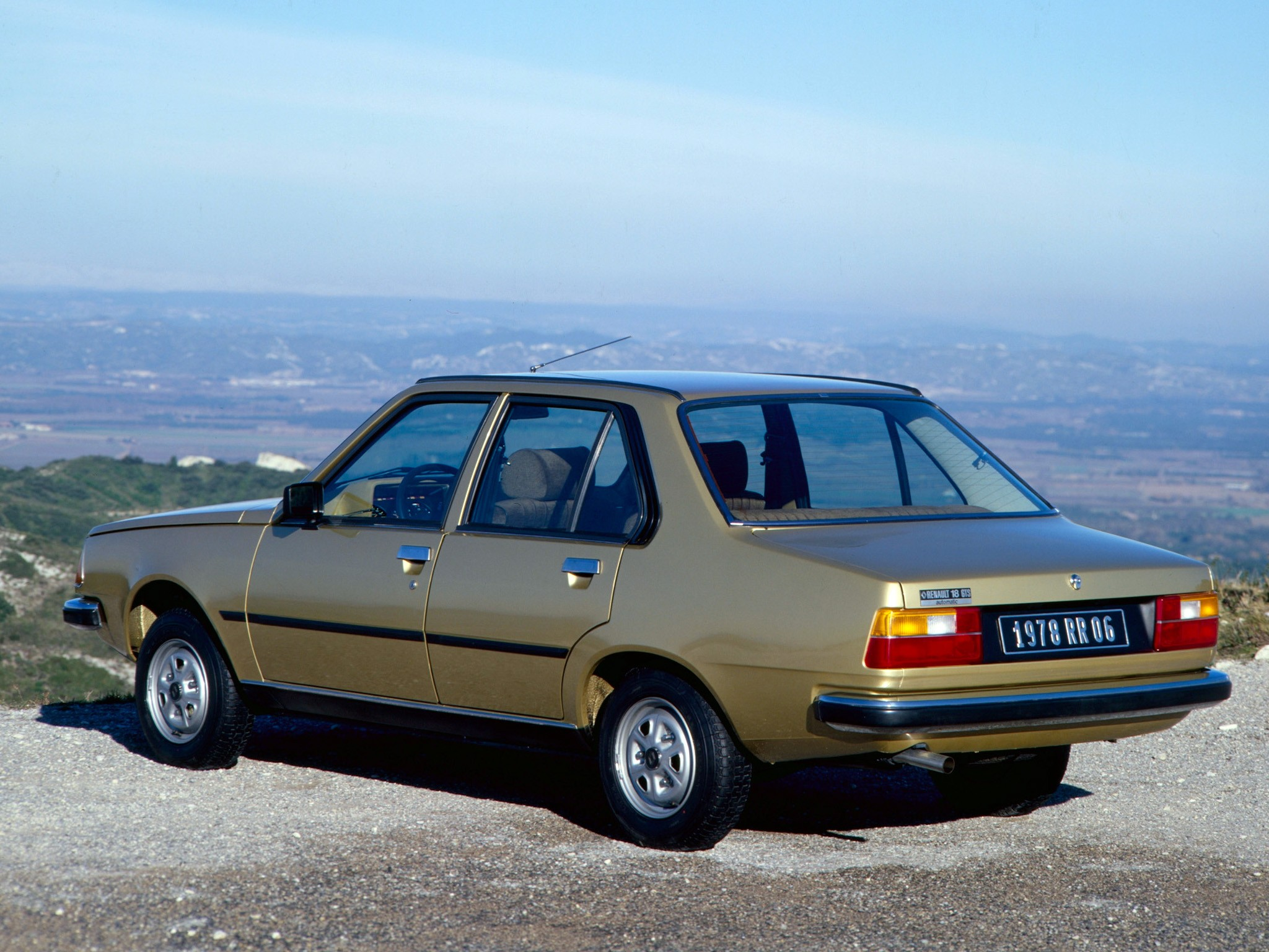 Lada Priora 2008 likewise Volvo 940 1990 further Peugeot 504 Coupe 1977 in addition Lemans further Volvo 144 1967. on green car engine