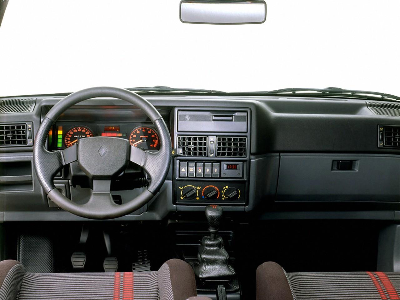 Renault 19 3 doors specs 1988 1989 1990 1991 1992 for Auto interieur tuning
