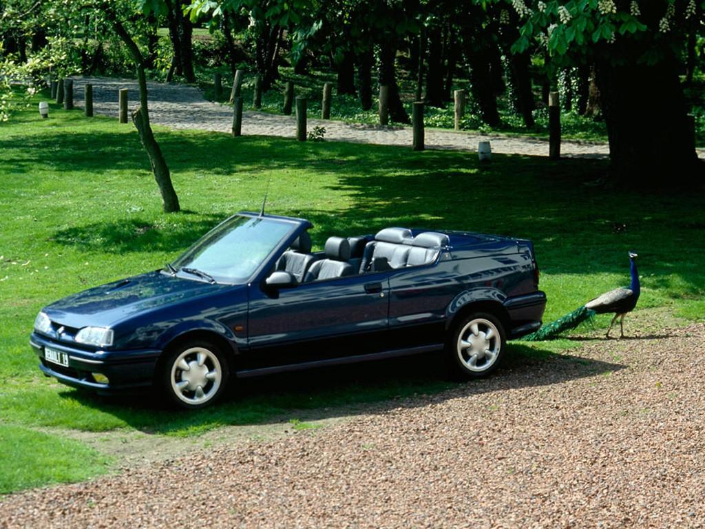 Sand Lake Auto >> RENAULT 19 Cabrio specs & photos - 1992, 1993, 1994, 1995 ...