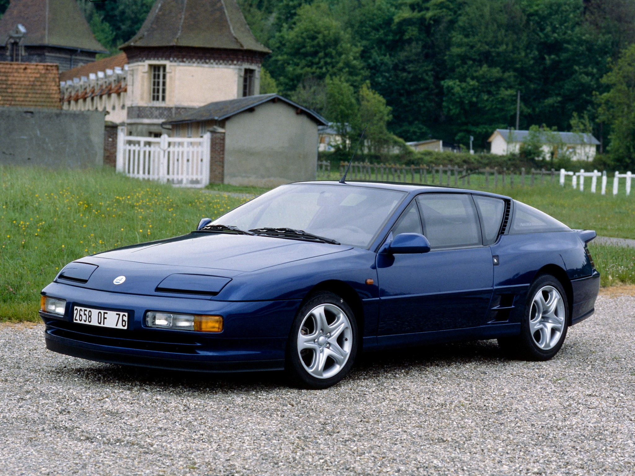 renault alpine a610 specs 1991 1992 1993 1994 autoevolution. Black Bedroom Furniture Sets. Home Design Ideas