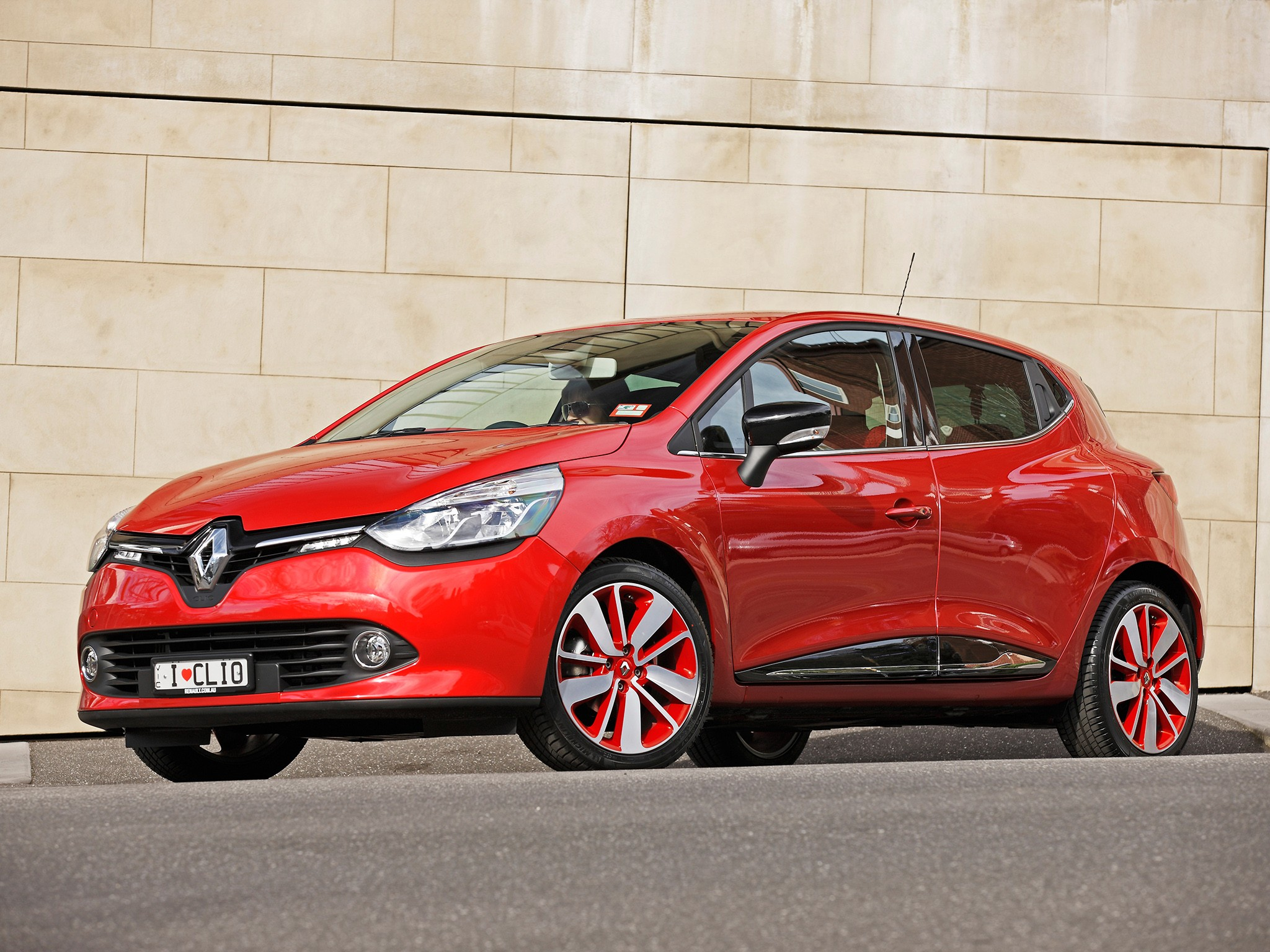 RENAULT Clio - 5 doors specs & photos - 2012, 2013, 2014 ...