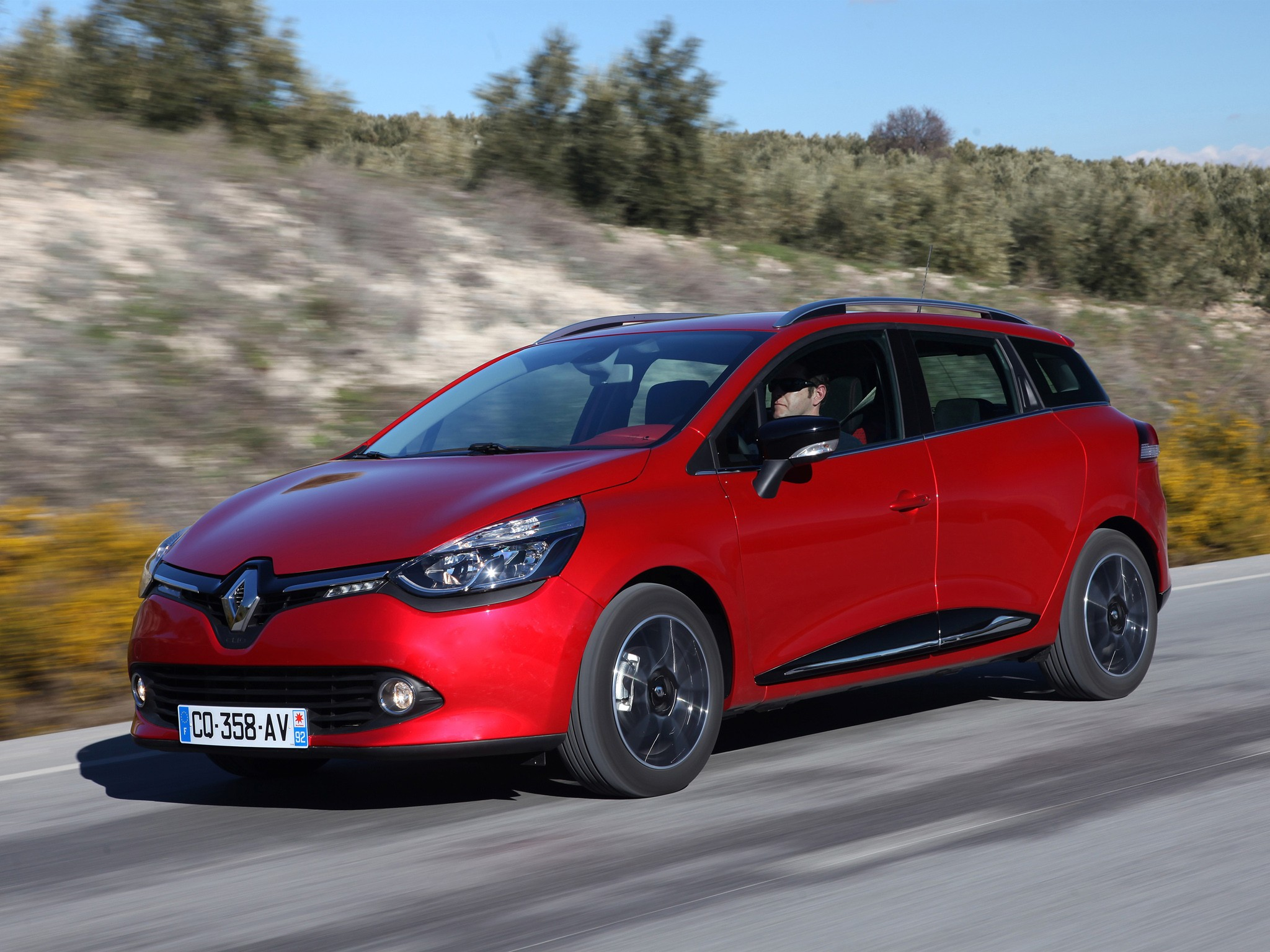 renault clio estate specs 2013 2014 2015 2016. Black Bedroom Furniture Sets. Home Design Ideas