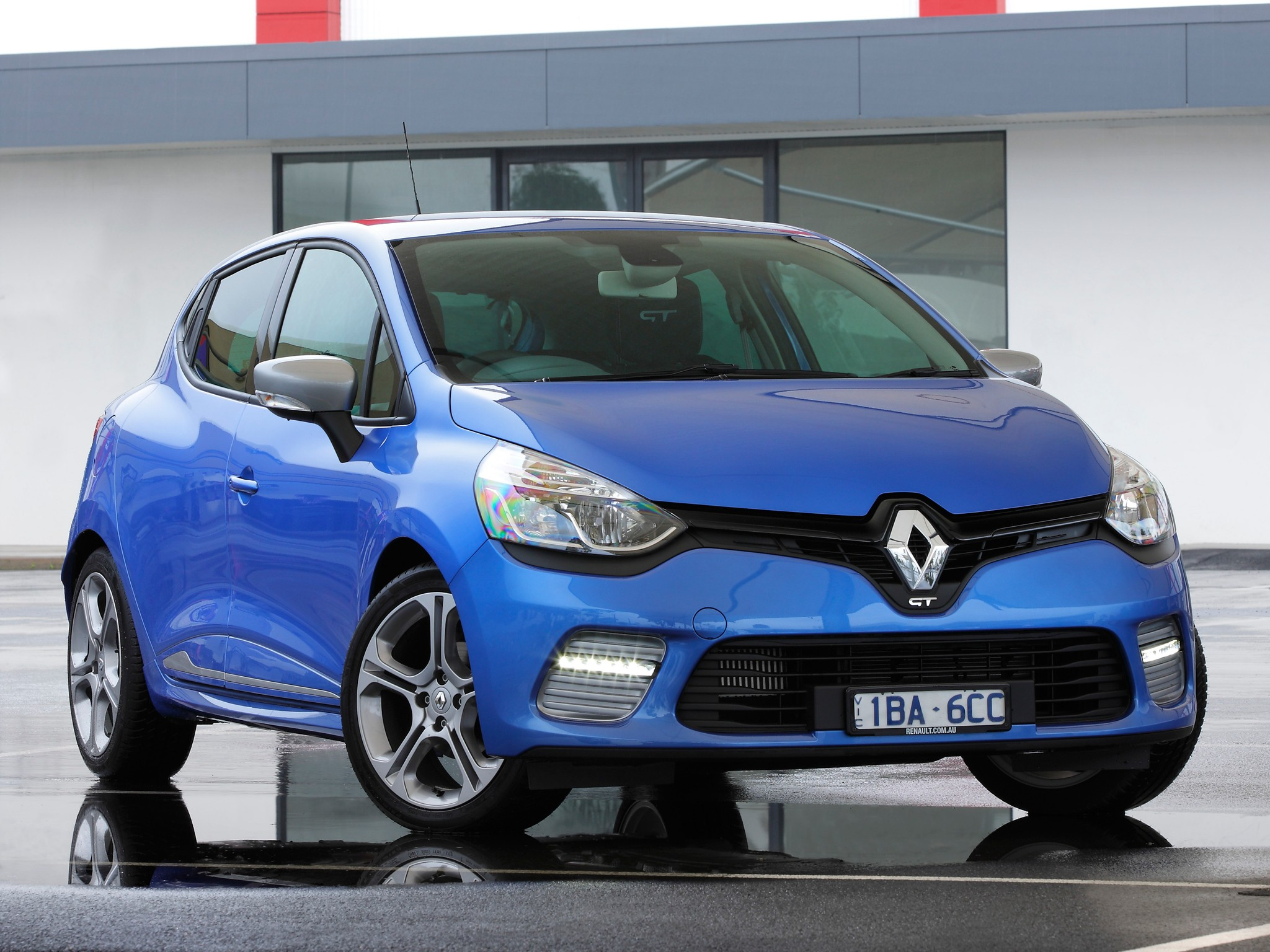 renault clio gt 5 doors 2013 2014 2015 2016 2017 autoevolution. Black Bedroom Furniture Sets. Home Design Ideas