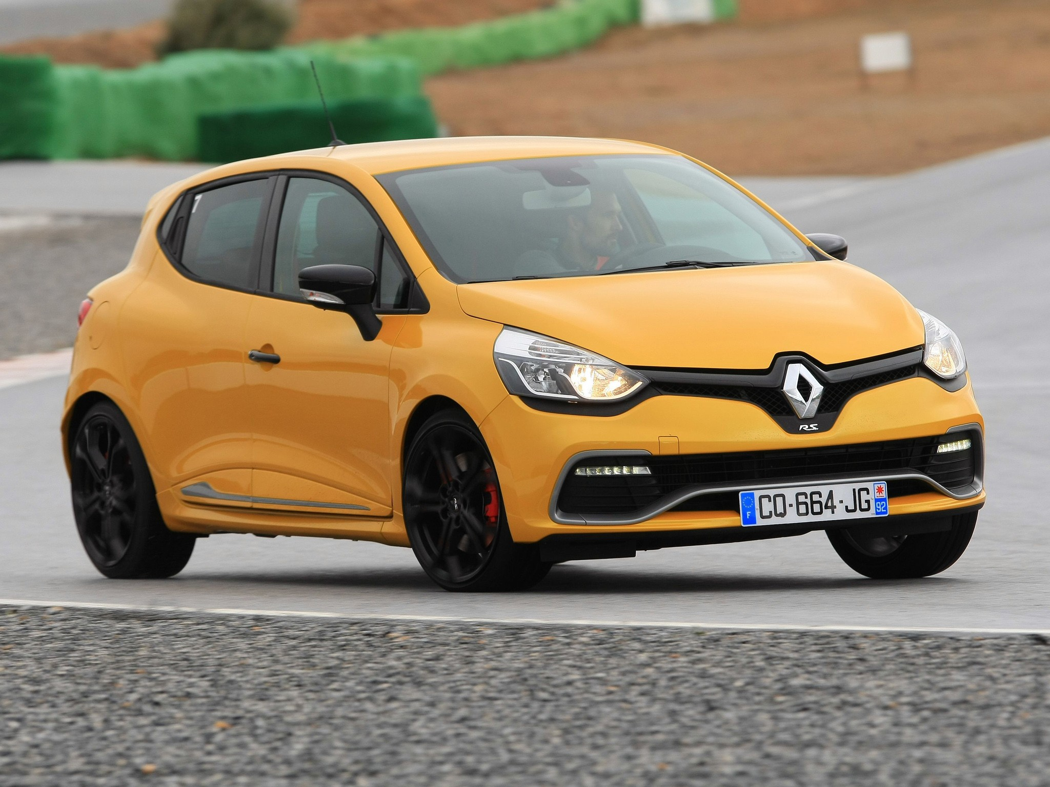 renault clio rs specs photos 2013 2014 2015 2016. Black Bedroom Furniture Sets. Home Design Ideas