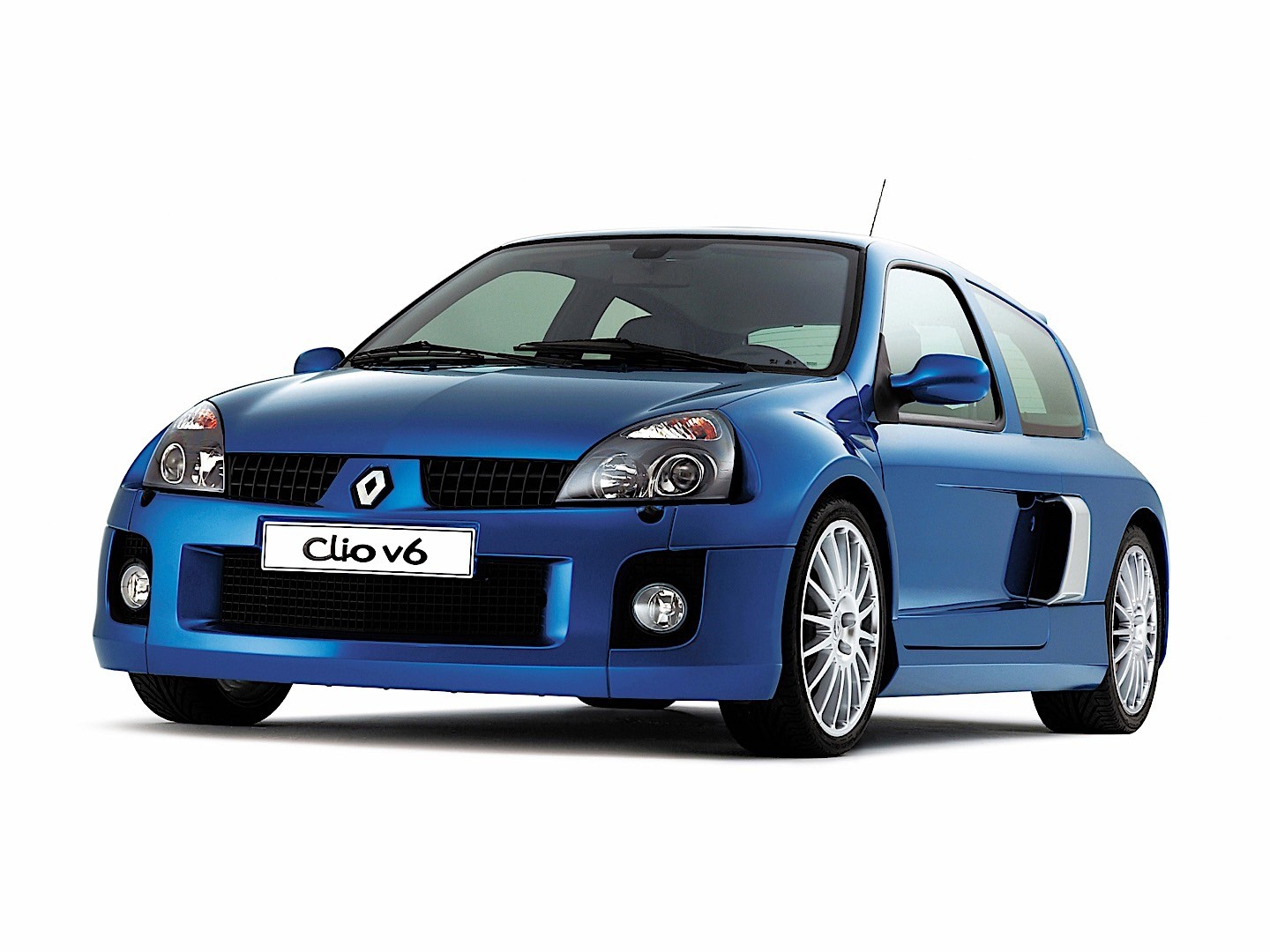 Renault Clio V on 2004 Ford 3 0 Engine