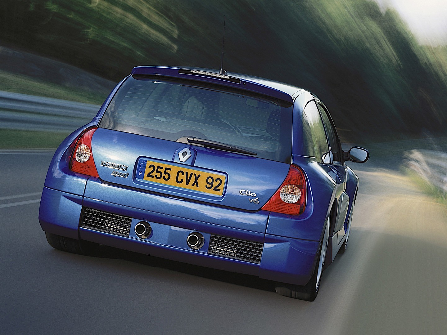 Renault Clio V Reg Fuse Box Wiring Library Where Is Specs Autoevolution