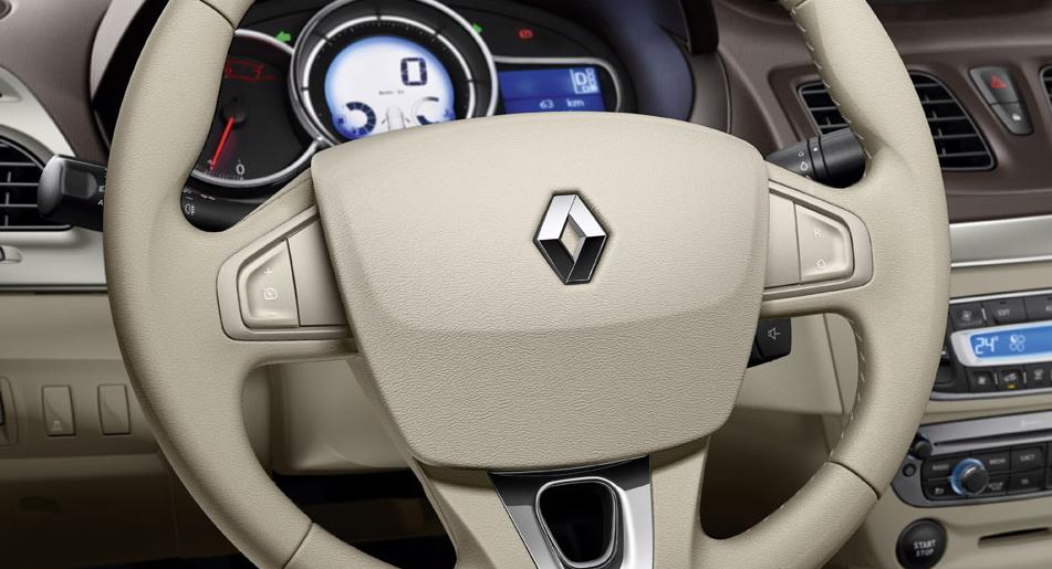 Renault Fluence Specs Photos 2013 2014 2015 2016 Autoevolution