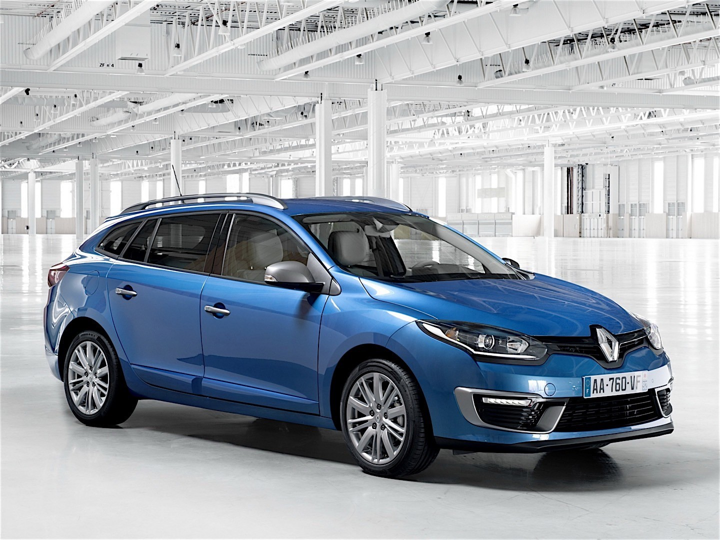 renault megane estate specs photos 2014 2015 2016 autoevolution. Black Bedroom Furniture Sets. Home Design Ideas